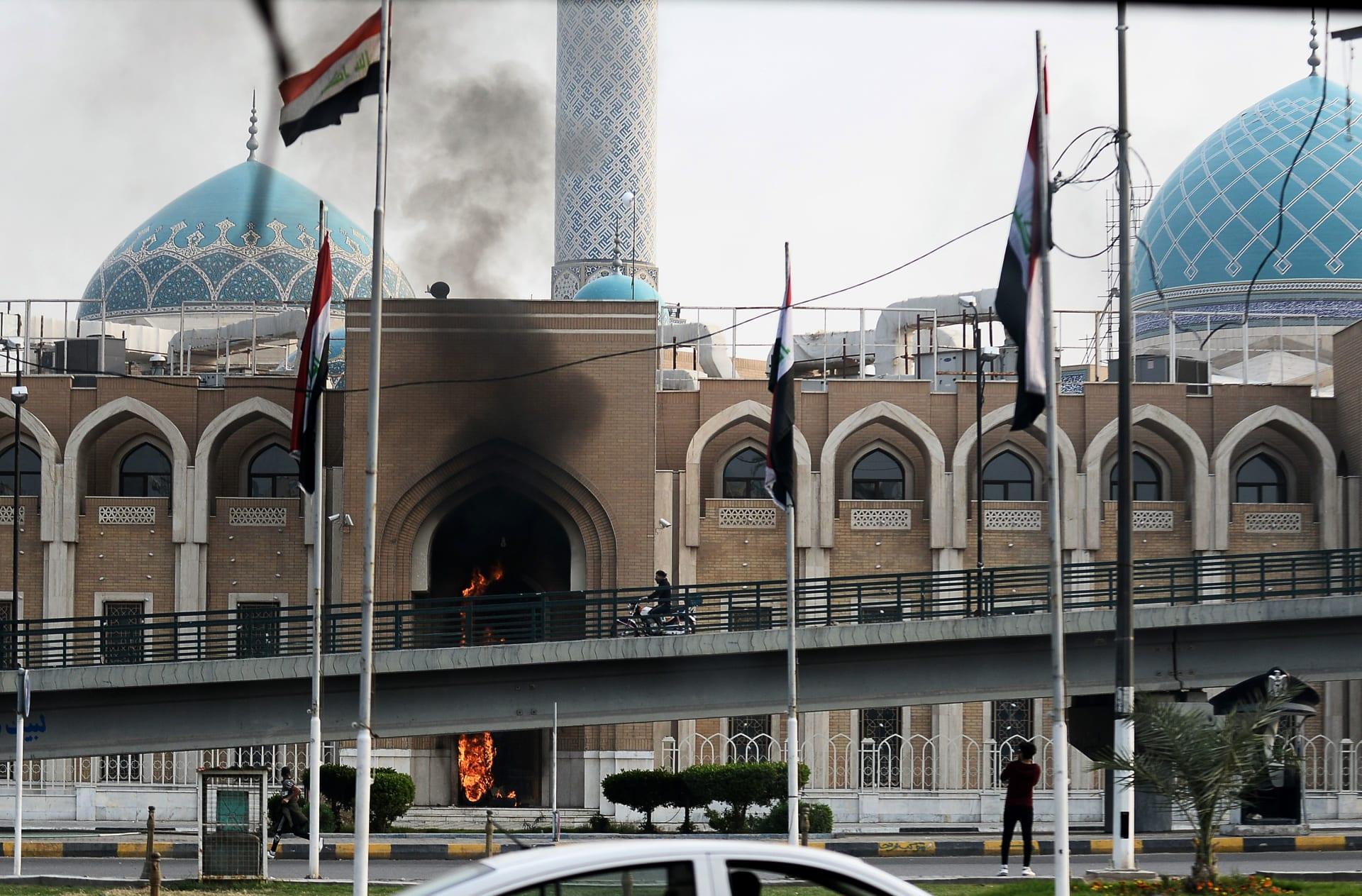 """""""حتى إشعار آخر"""".. إيران: وقف جميع الرحلات البرية لزيارة العتبات المقدسة بالعراق"""