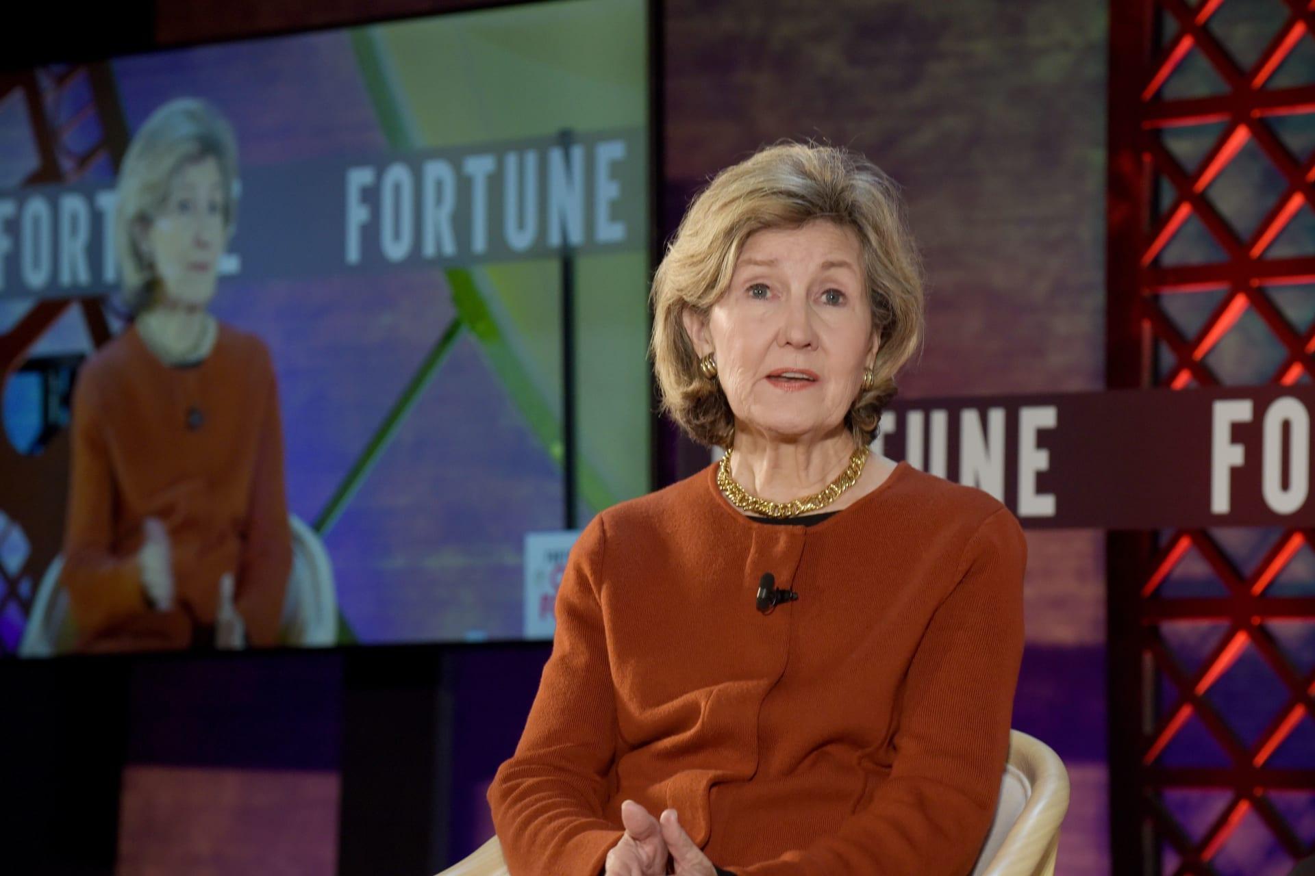 كاي بيلي هاتشيسون سفيرة الولايات المتحدة في حلف شمال الأطلسي ناتو