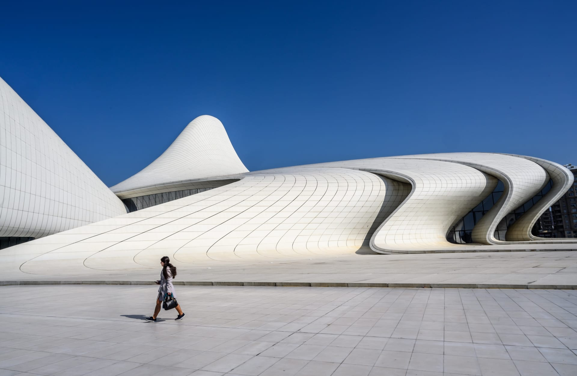 إليك 8 روائع هندسية يجب زيارتها بأذربيجان