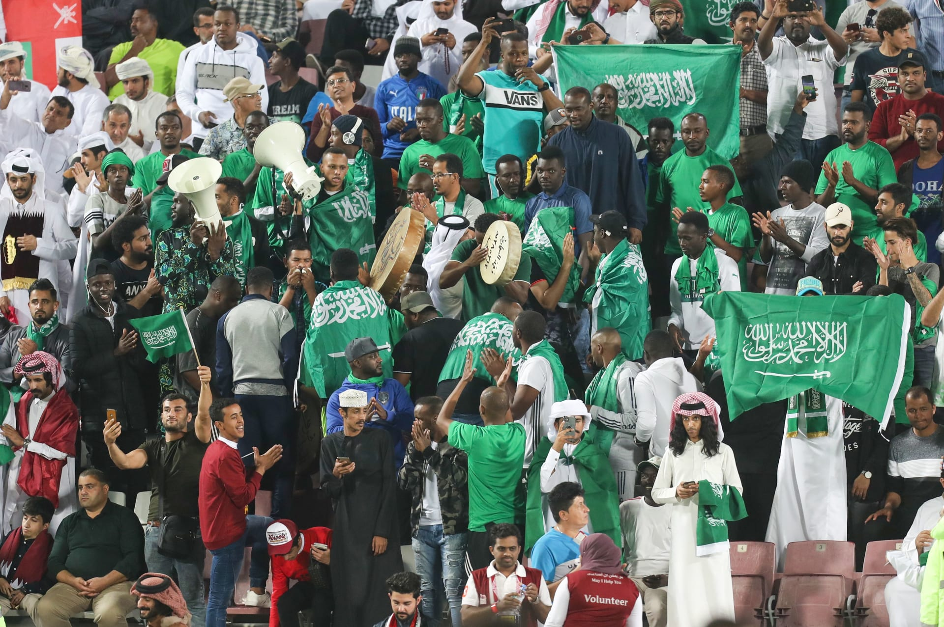 صورة للجمهور السعودي في المباراة النهائية
