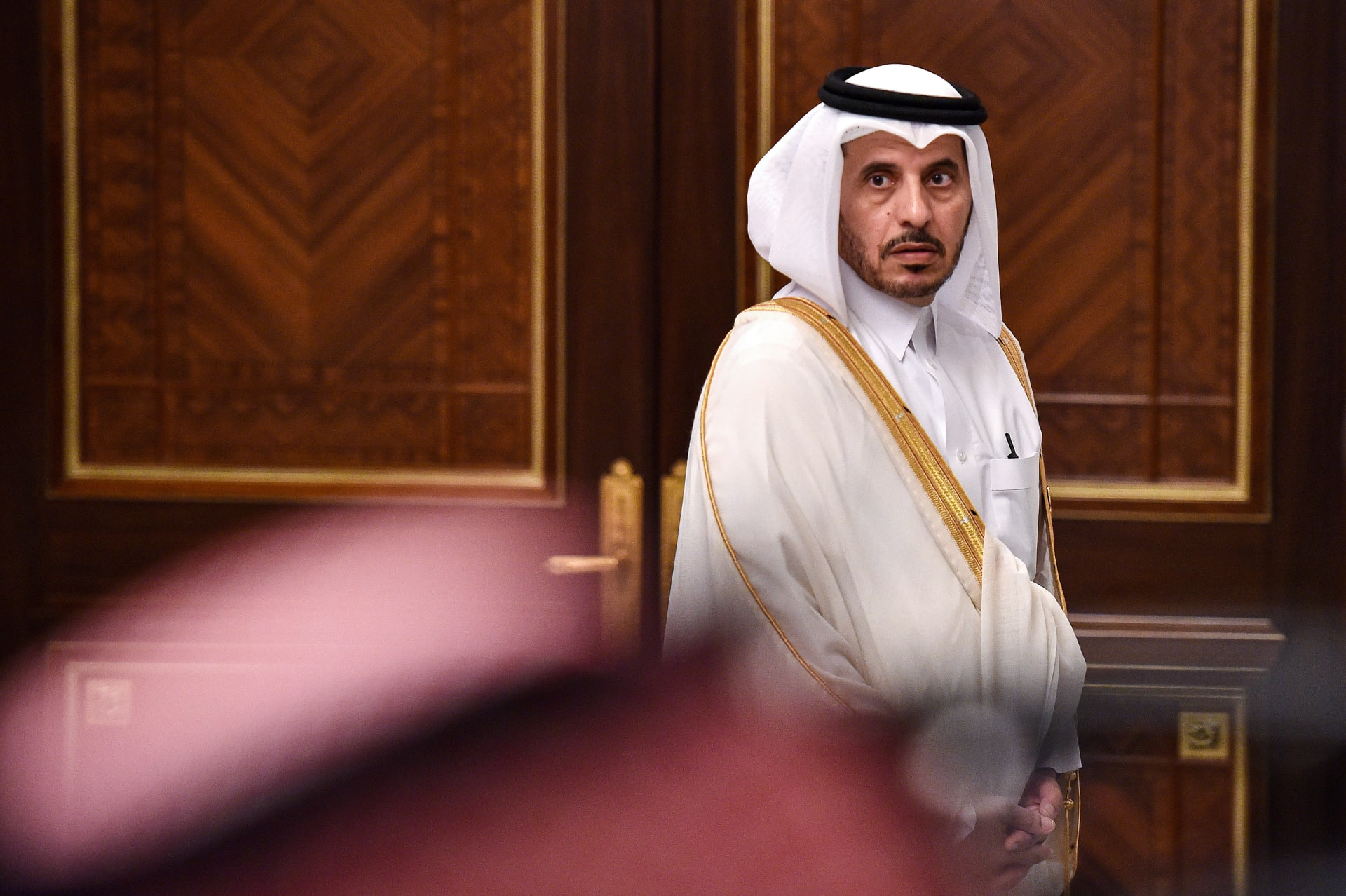 كاتب سعودي: قطر عرضت التخلي عن الإخوان.. ومن مصلحة الدوحة العودة للحضن الخليجي