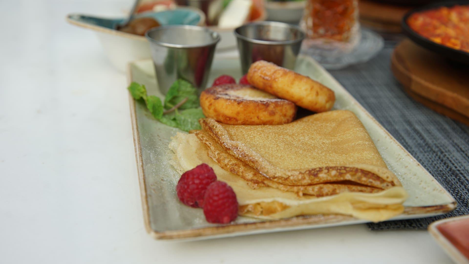 تتكون من أكثر من 10 أطباق.. إليك وجبة إفطار على الطريقة الأذربيجانية
