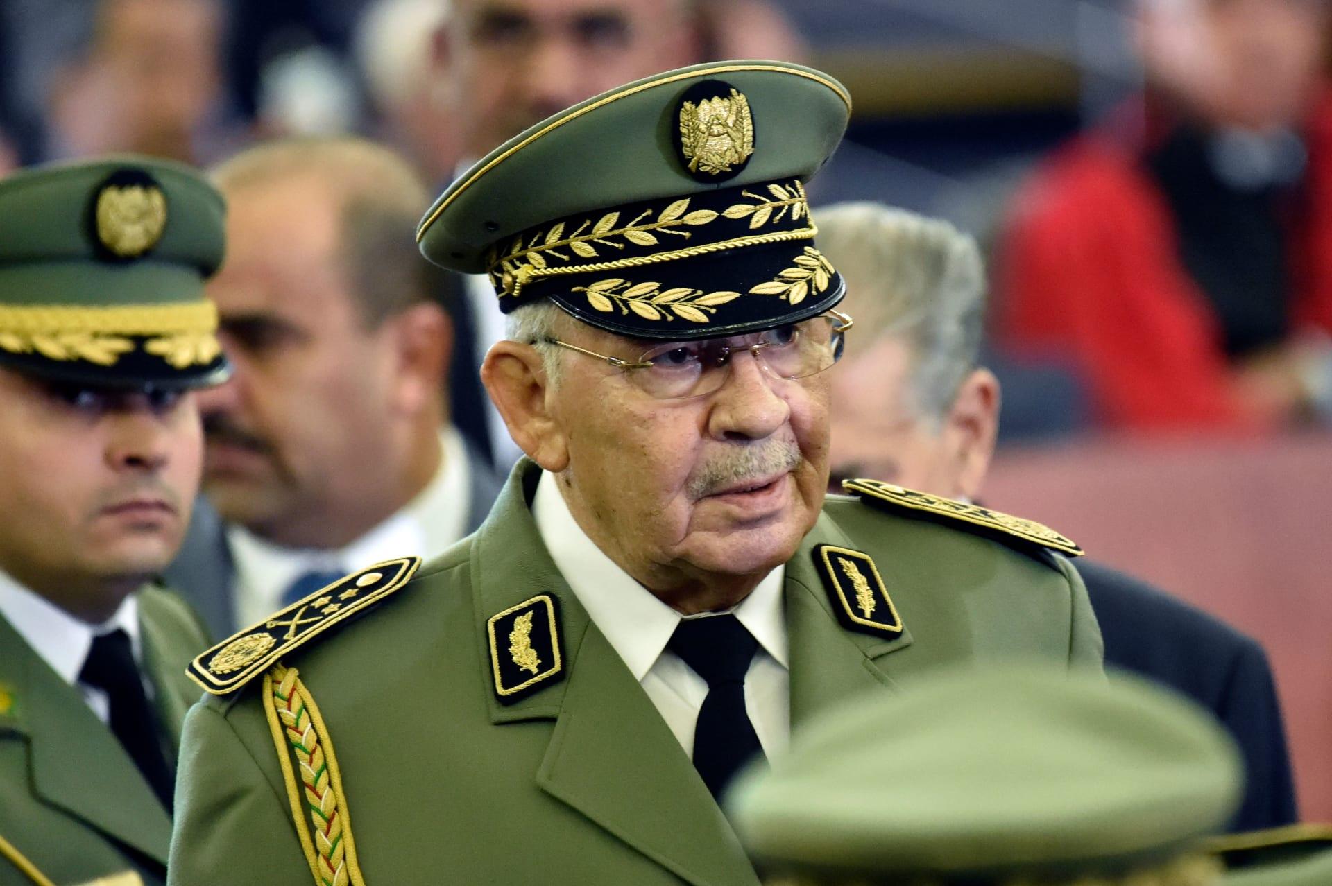 بعد أيام من انتخاب رئيس جديد للبلاد.. وفاة قايد صالح رئيس أركان الجيش الجزائري
