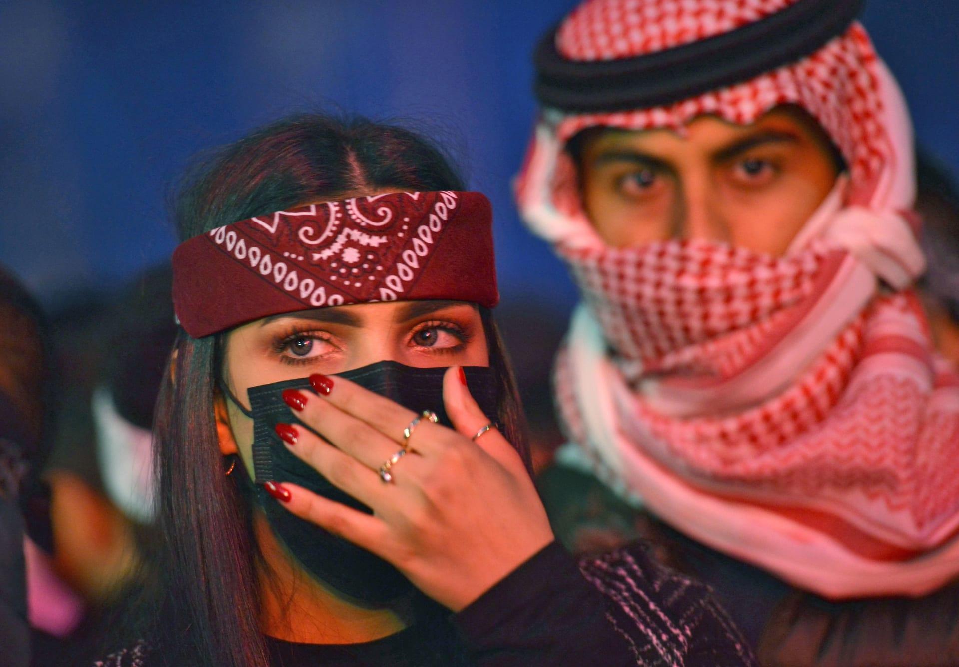 العدل السعودية: لا زواج لمن يقل عمره عن 18 عامًا.. وسنحاسب المُخالفين