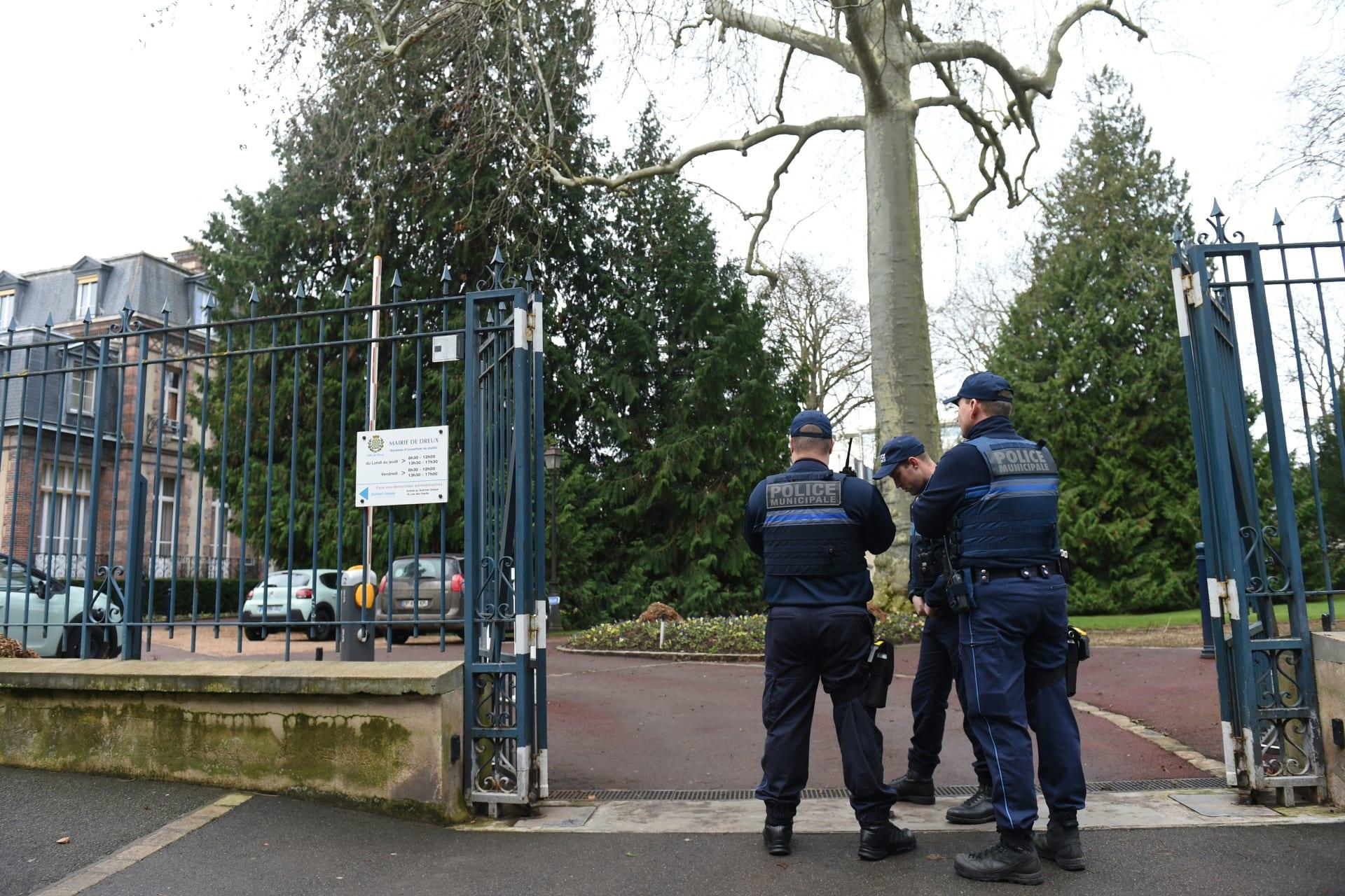 أربعة جرحى في حادث طعن بحديقة جنوب باريس