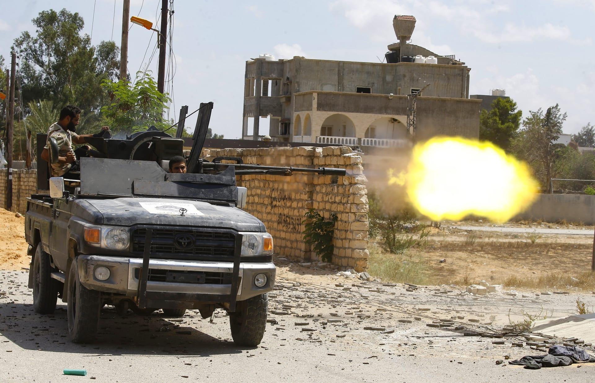 """المرصد السوري: 1000 """"مرتزق"""" وصلوا من تركيا إلى ليبيا للقتال بجانب حكومة الوفاق"""