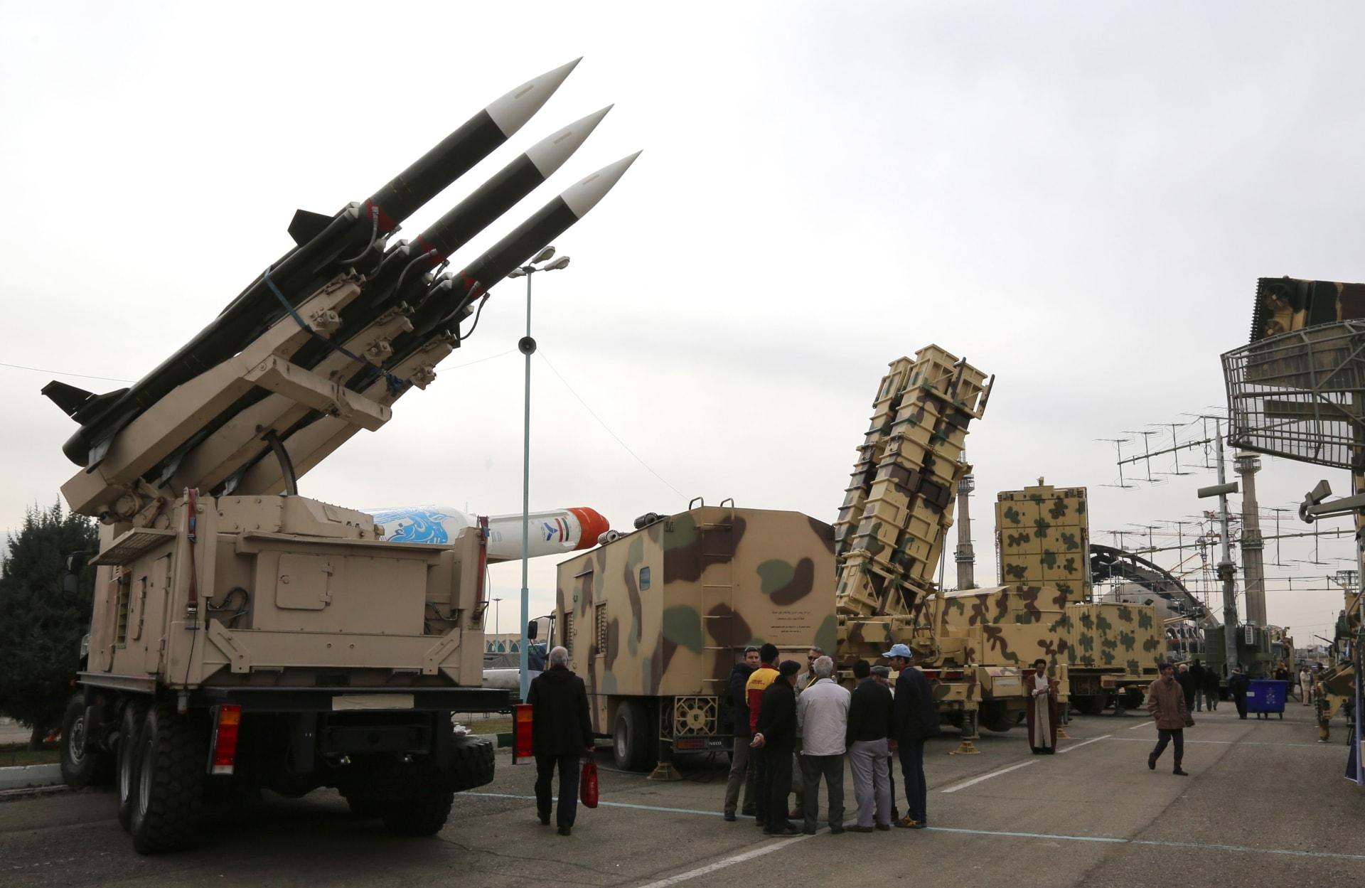 في أول رد على مقتل سليماني.. الحرس الثوري الإيراني يضرب قاعدة أمريكية بالعراق