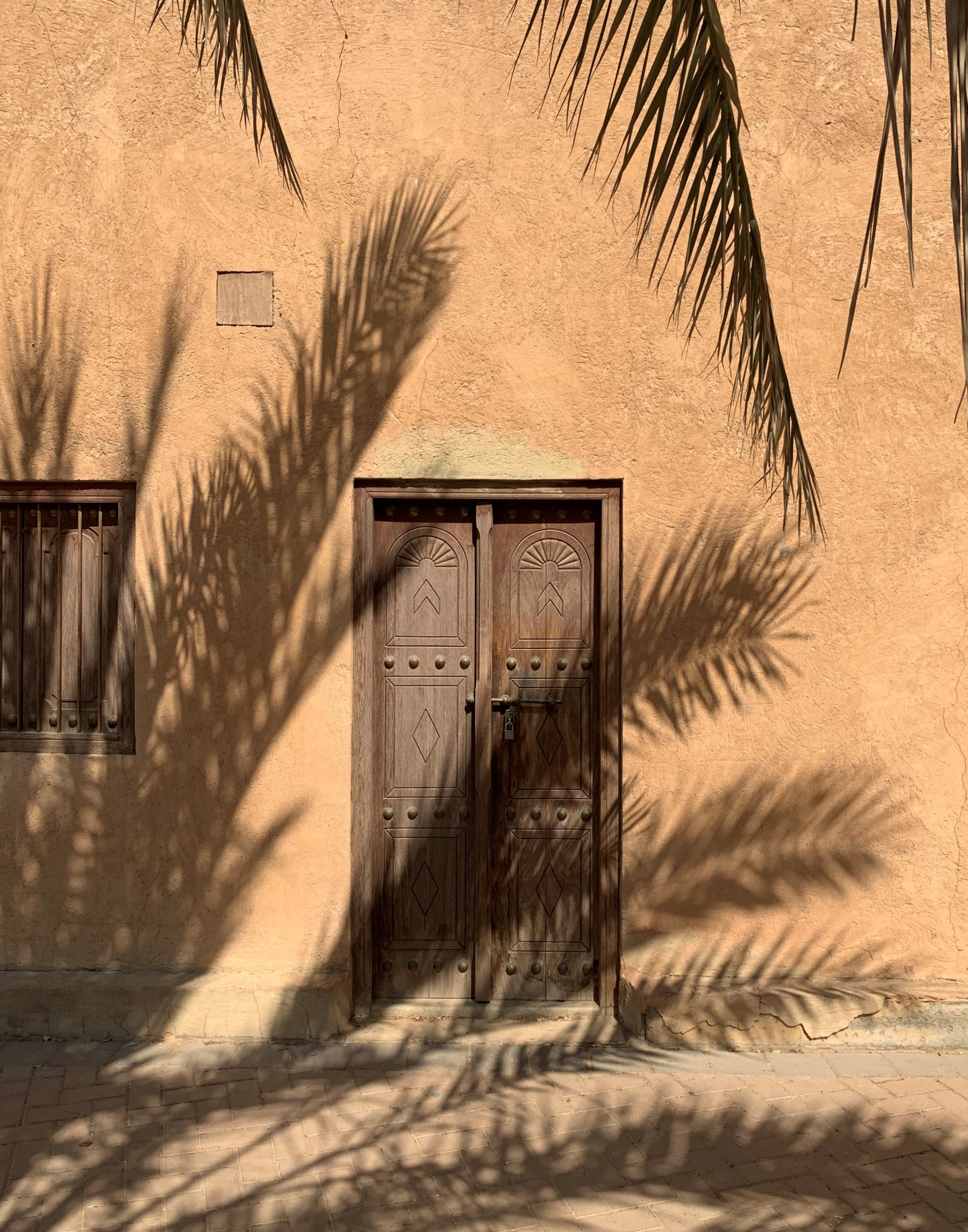 أبواب من حول العالم
