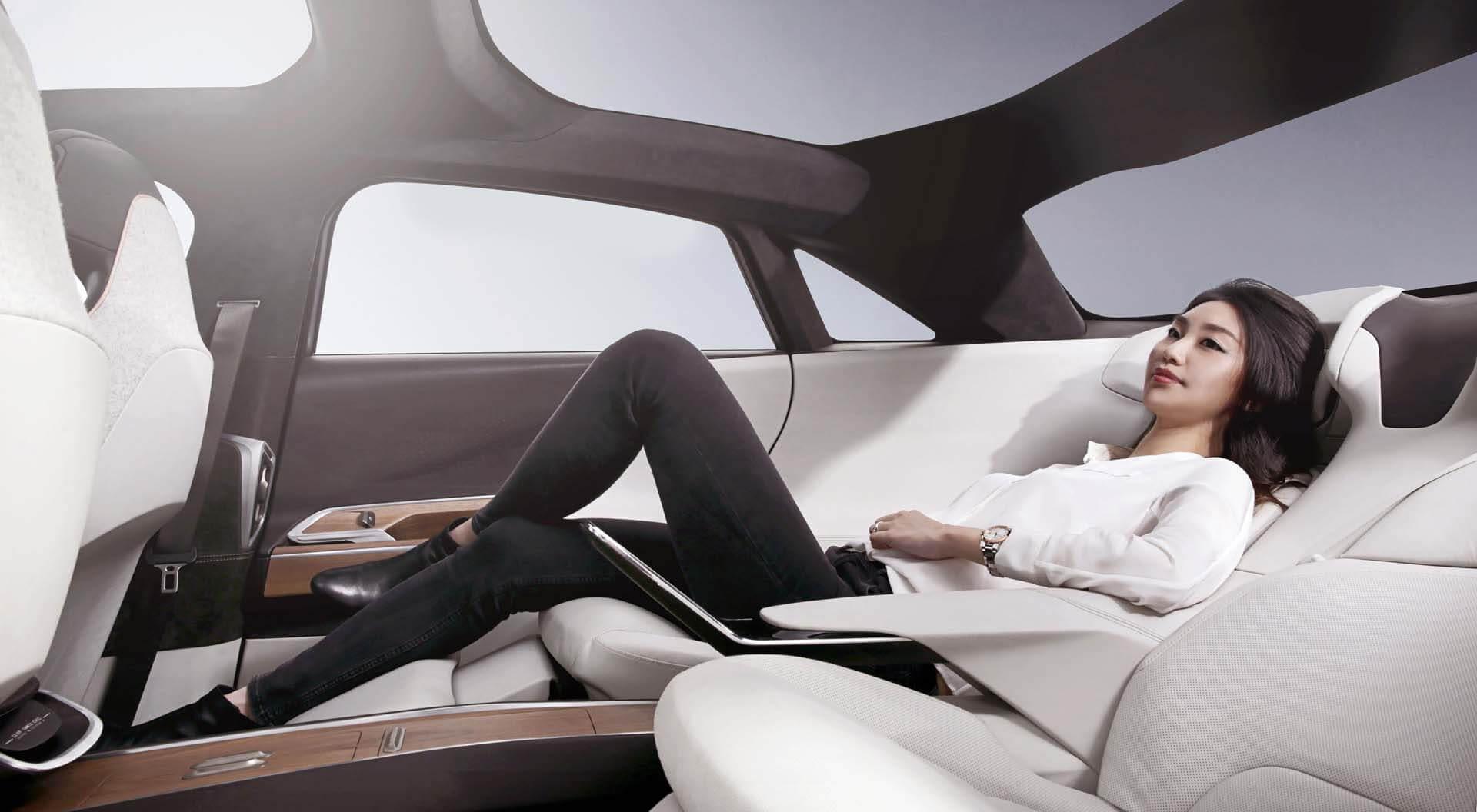 استوحي تصميم المقاعد الخلفية من مقاعد الطائرات