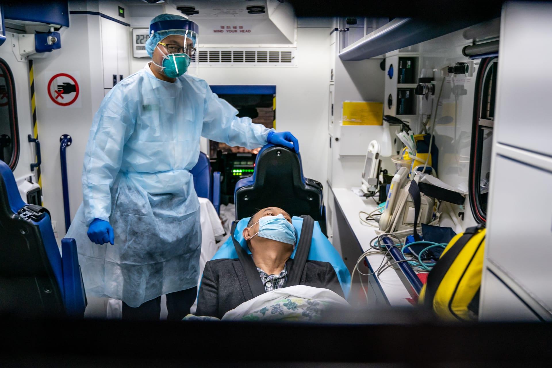 الصين تقول إن فيروس كورونا قد ينتقل قبل ظهور الأعراض