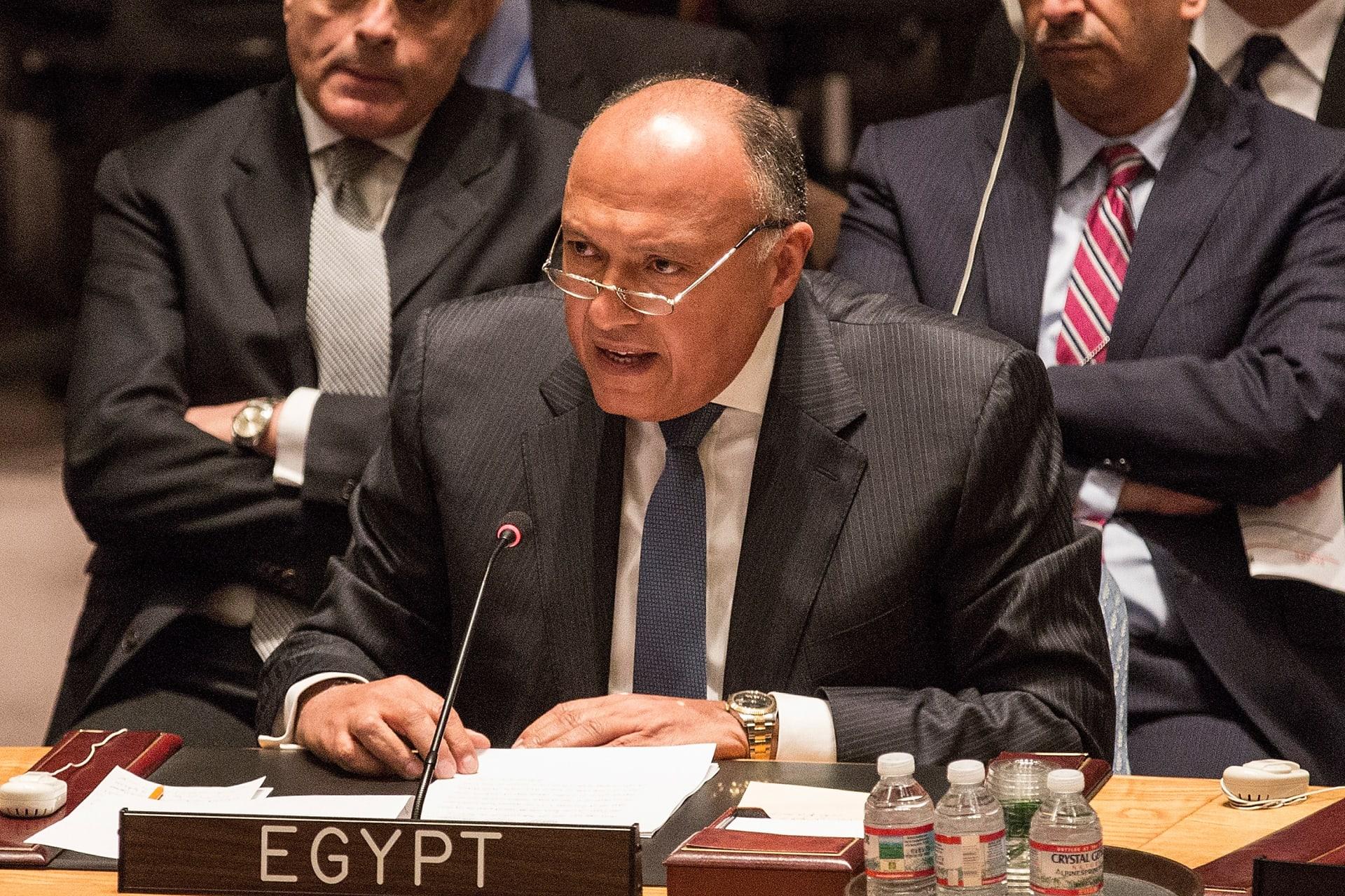 مصر: ندعو الفلسطينيين والإسرائيليين إلى دراسة متأنية للرؤية الأمريكية للسلام