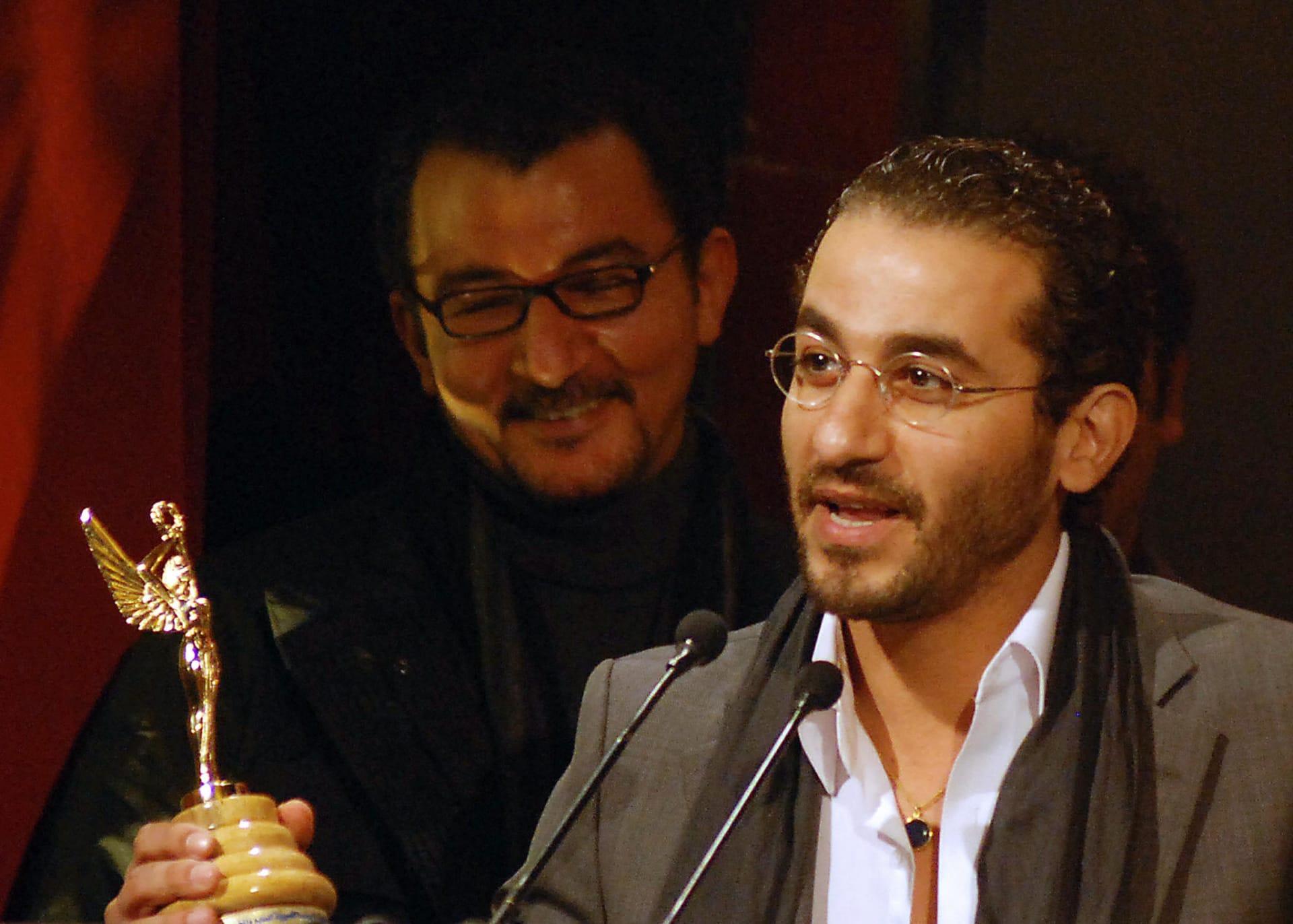 مشهد كوميدي طريف على تويتر أبطاله.. أحمد حلمي، محمد هنيدي وأحمد السقا