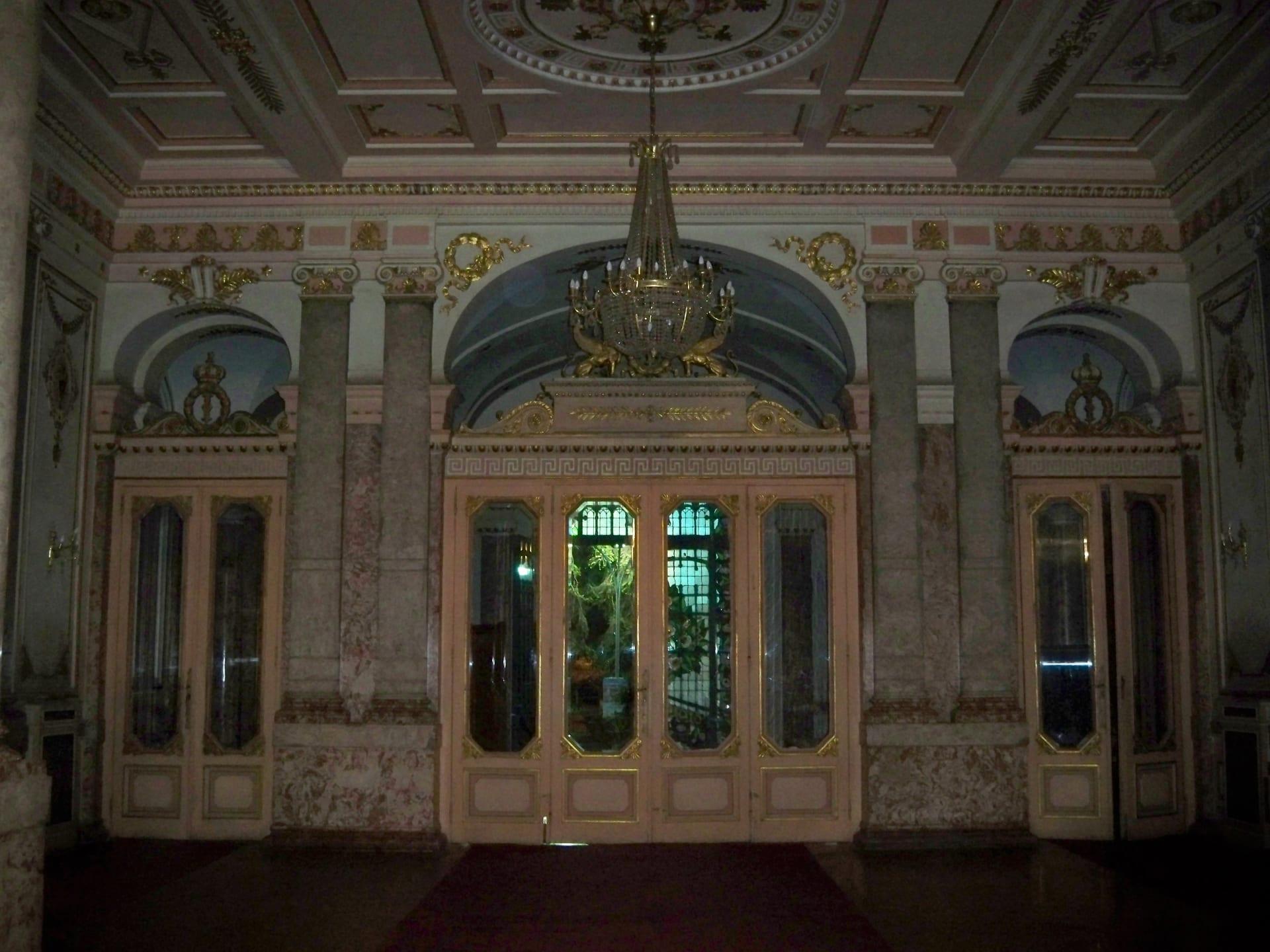قصر الزعفران