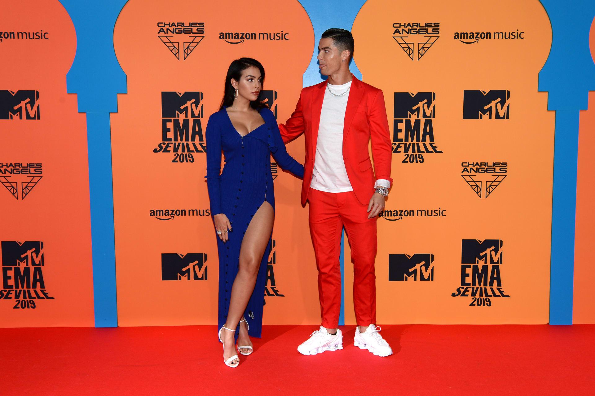 كريستيانو رونالدو وصديقته عارضة الأزياء جورجينا رودريغز