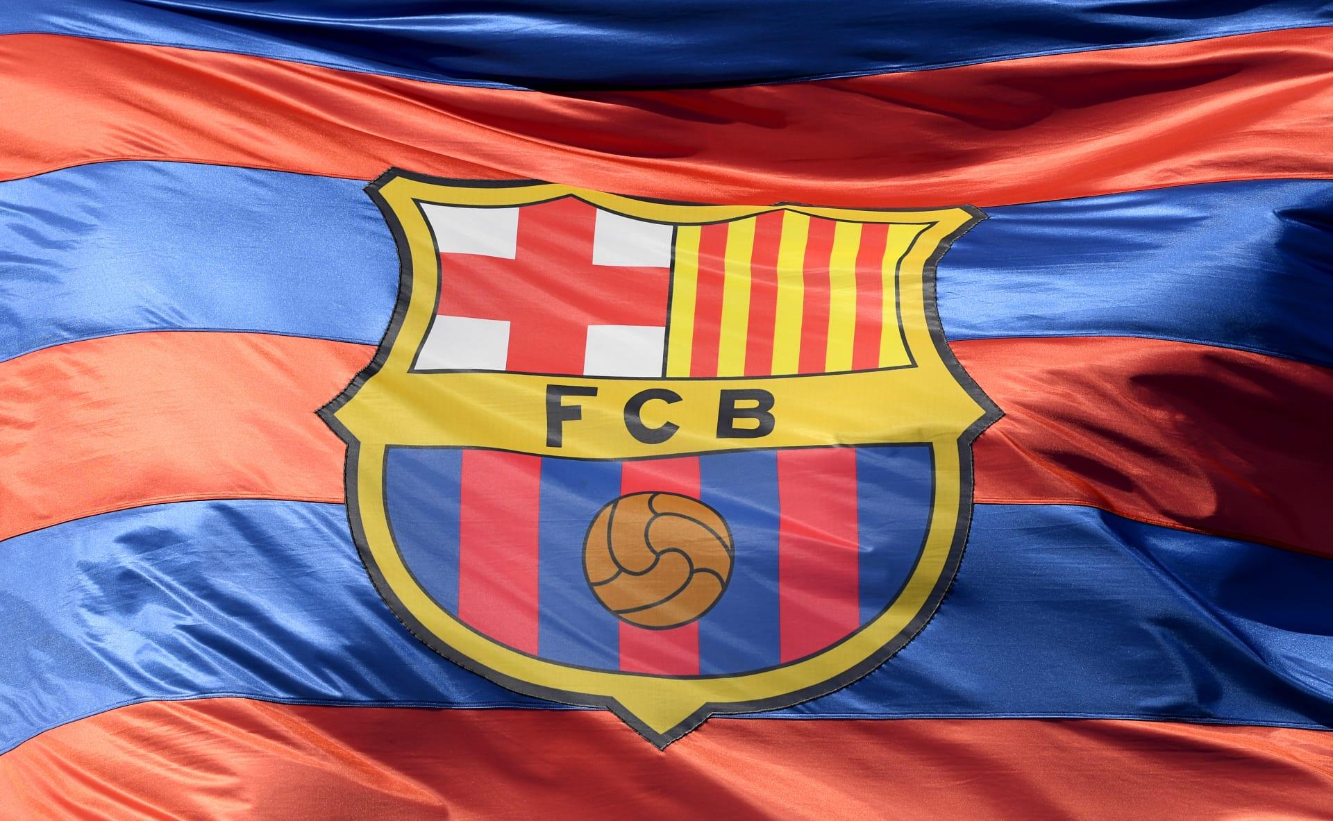 اختراق محتمل لحسابات برشلونة على تويتر.. ونشر تغريدات غريبة باللغة العربية