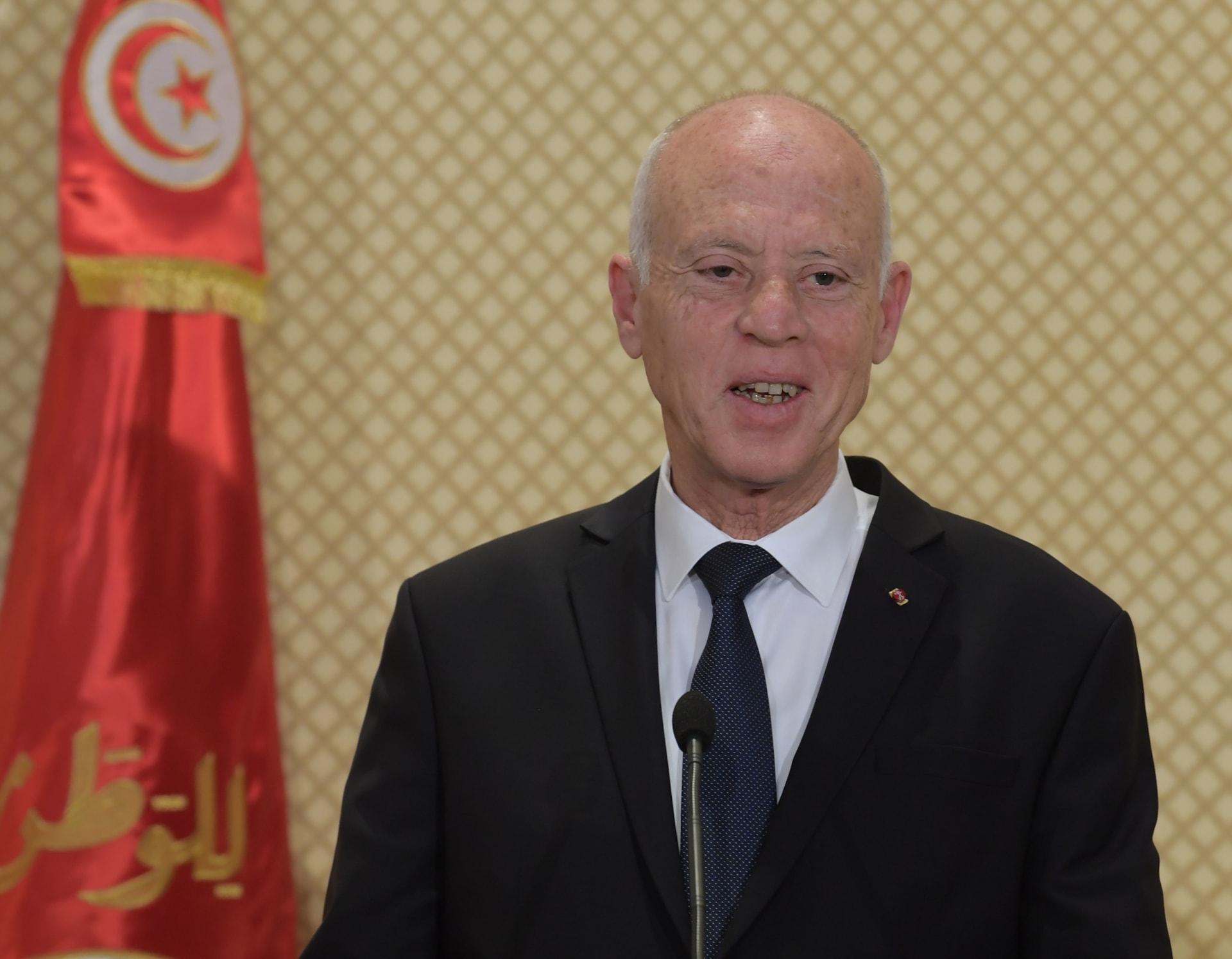 رسميًا.. رئيس وزراء تونس يعلن تشكيل حكومته بعد خلافات دامت لأسابيع