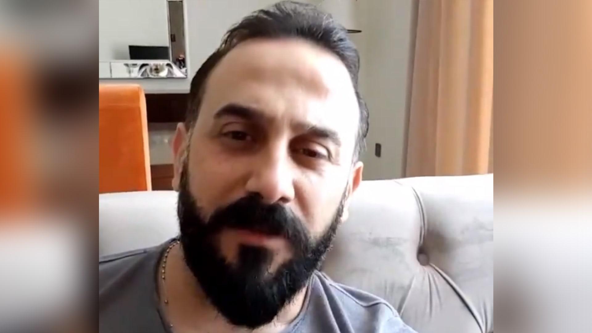 صورة للفنان قصي خولي من فيديو على صفحته على تويتر