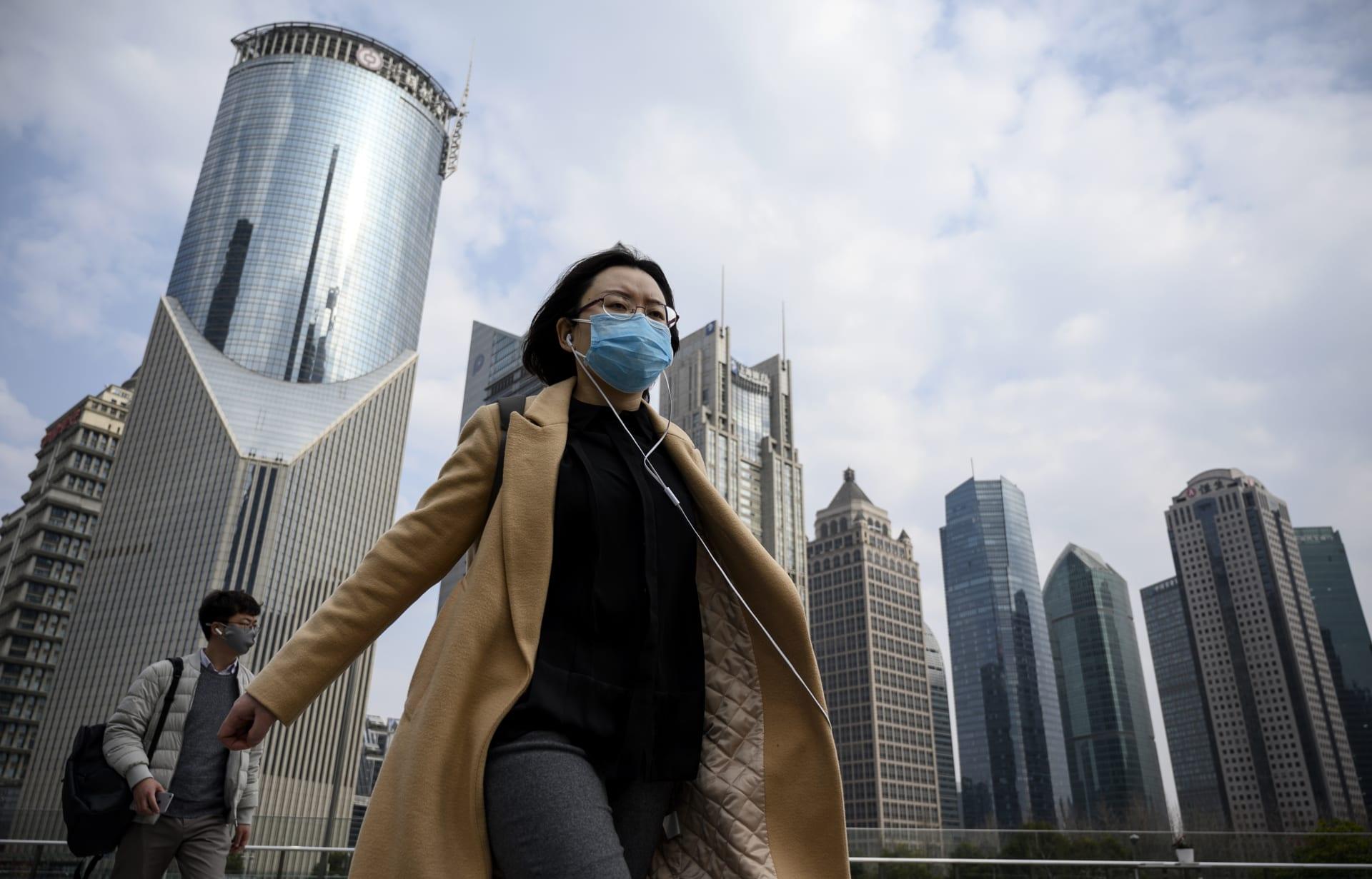 """تفشي فيروس كورونا له """"إمكانيات وبائية"""" لكنه لم يصل بعد لهذه المرحلة بحسب منظمة الصحة العالمية"""