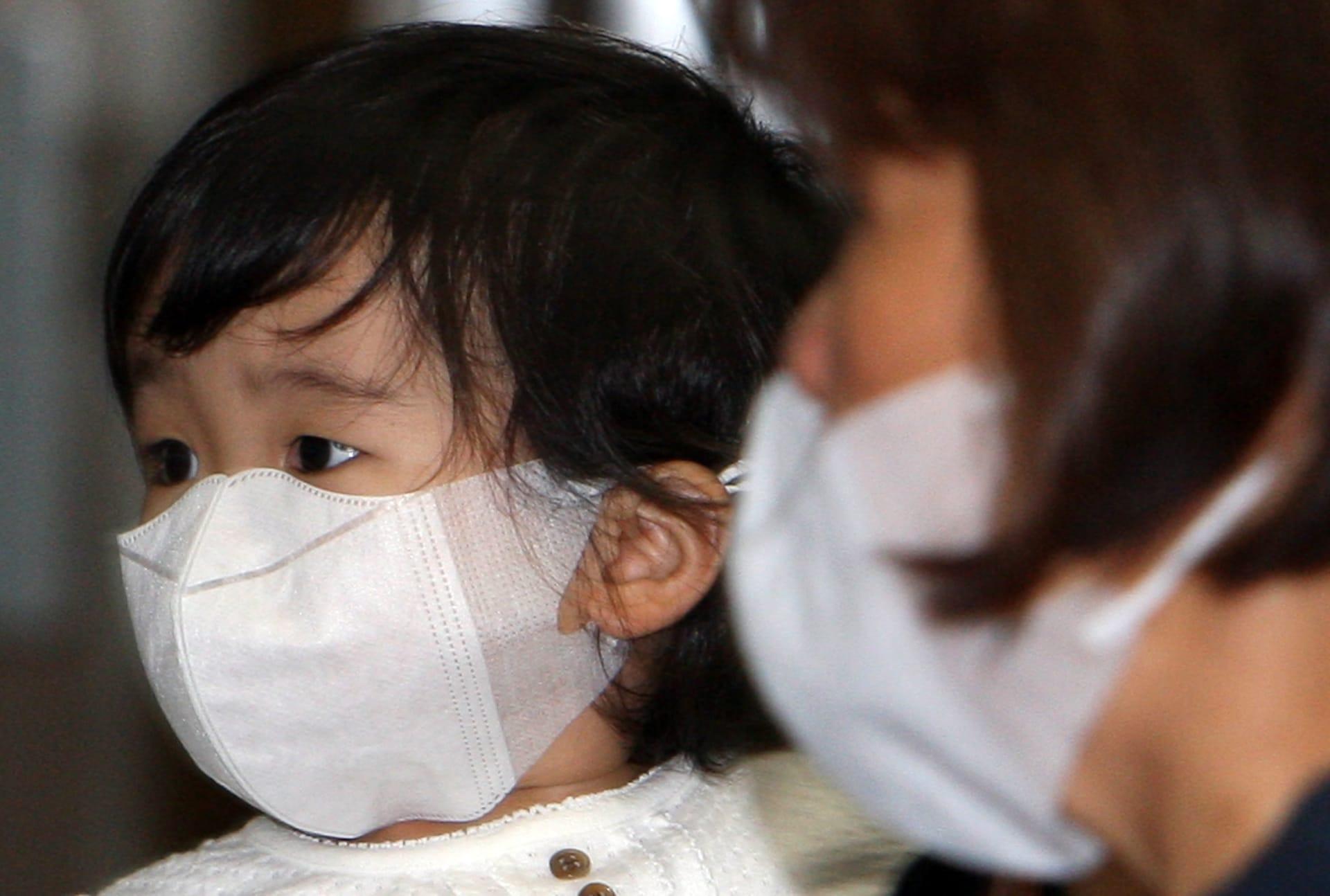 الأقنعة قد تزيد من خطر الإصابة بفيروس كورونا إذا وُضعت بشكل غير صحيح