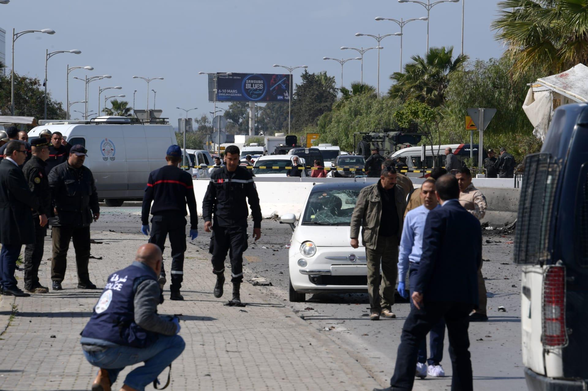 انفجار انتحاري بالقرب من السفارة الأمريكية في تونس
