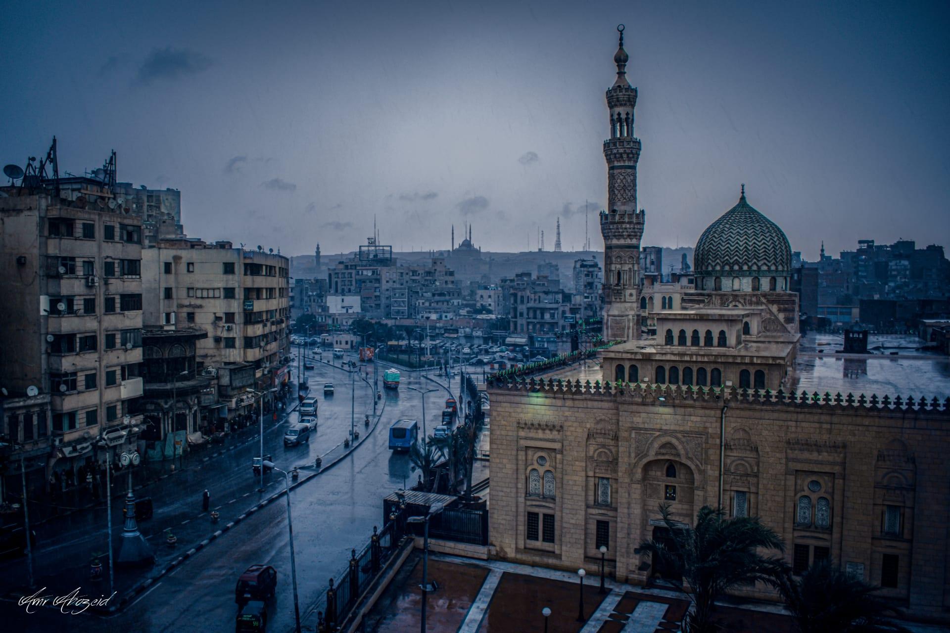 لقطة خيالية لمسجد محمد علي تبرز الوجه الآخر لعاصفة التنين في مصر