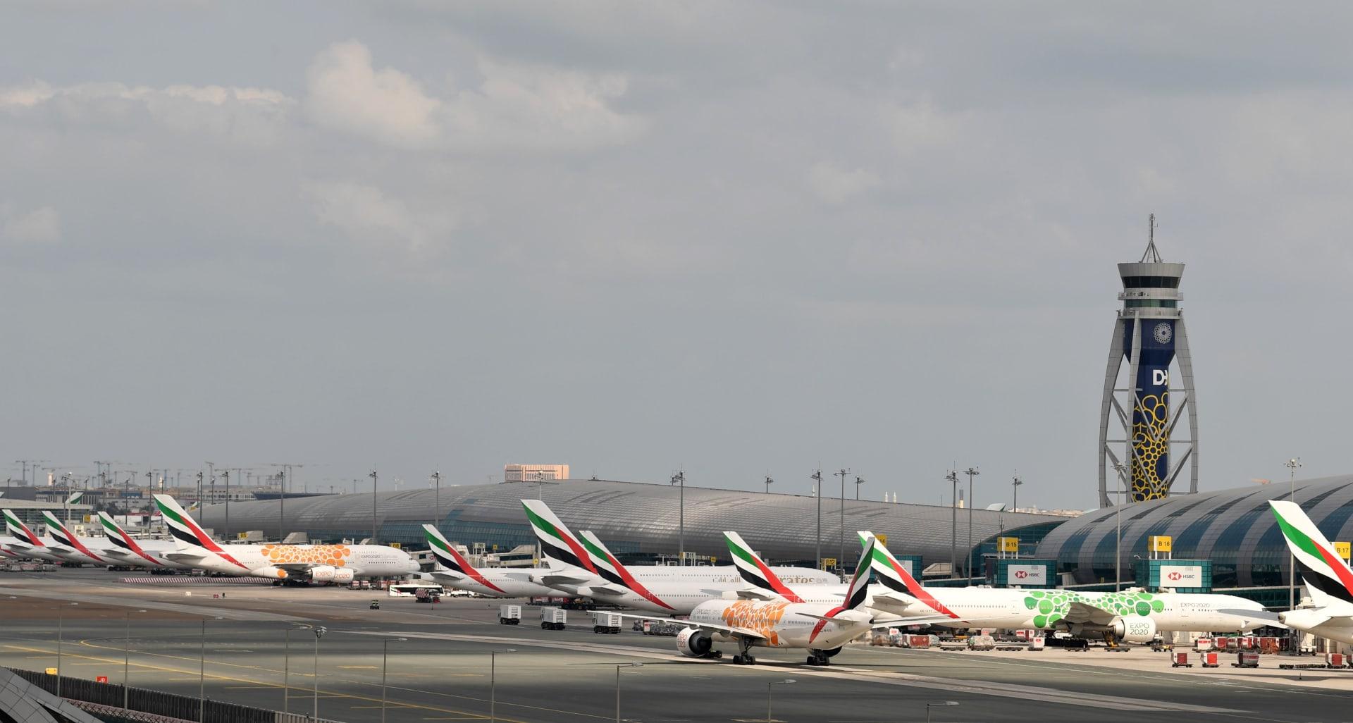 دبي تستضيف المسافرين العالقين بالإمارات بسبب فيروس كورونا المستجد