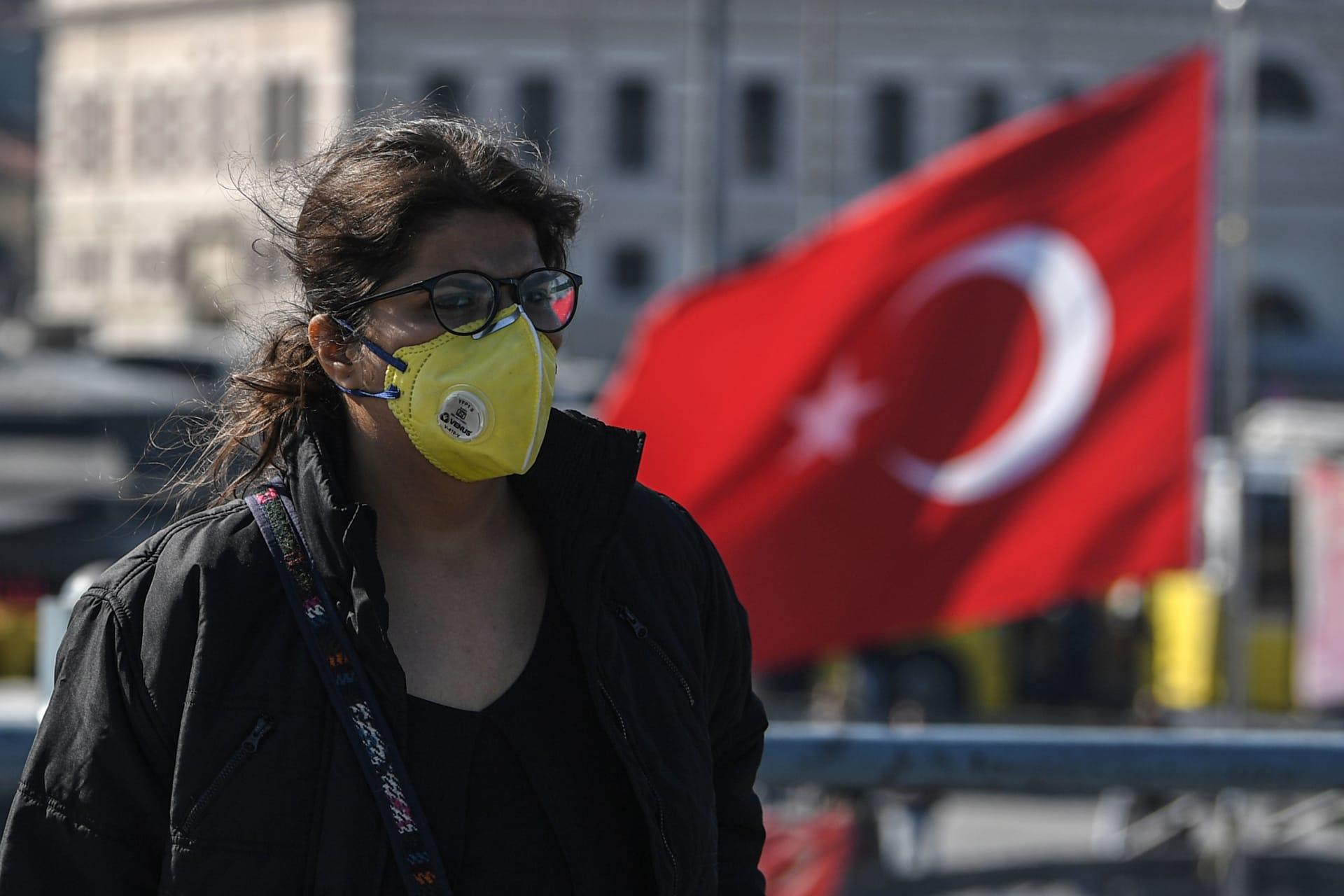 تركيا تسجل أعلى معدل إصابات يومي جراء فيروس كورونا.. أكثر من 3 آلاف حالة جديدة