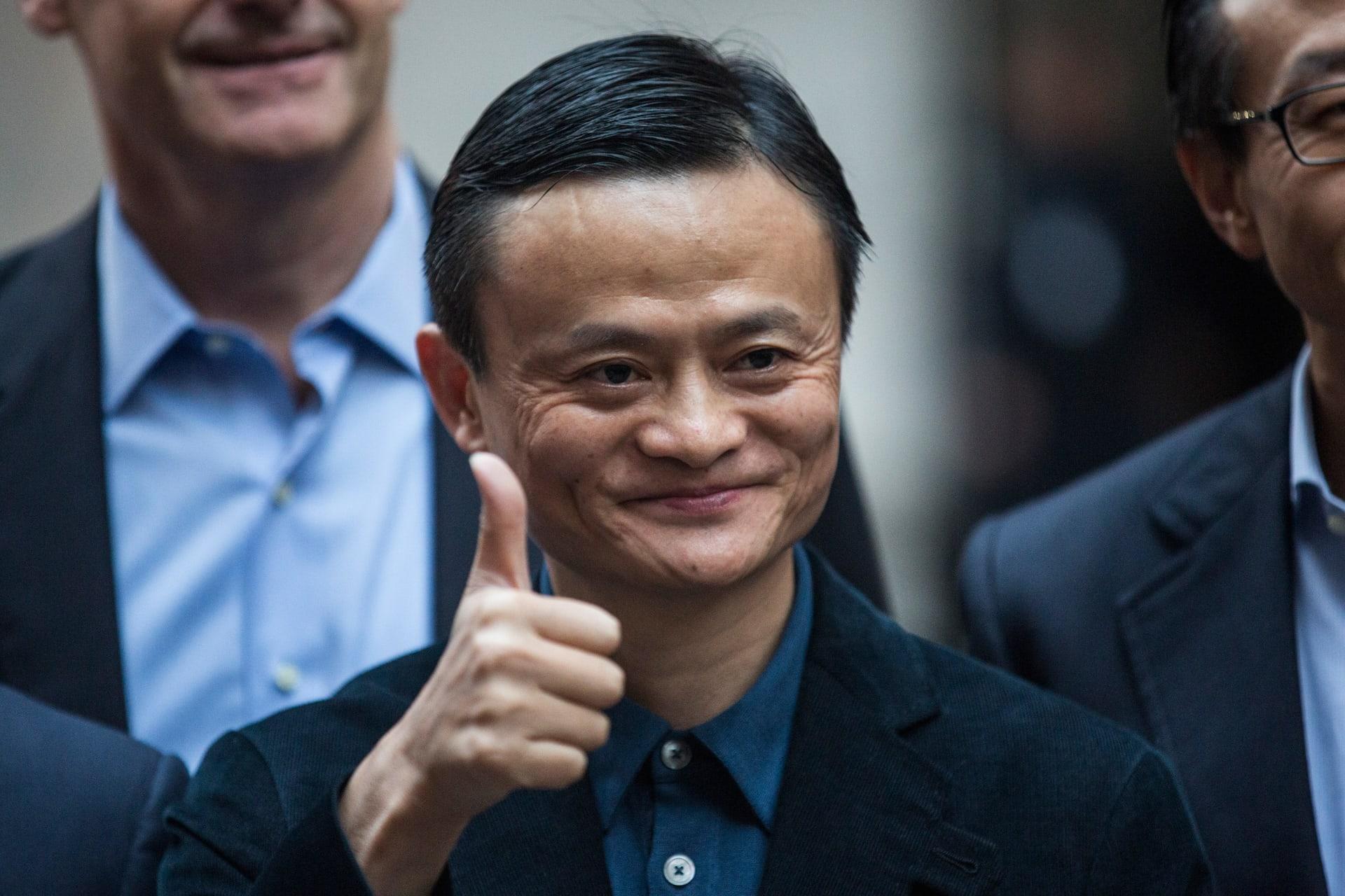 """مؤسس""""علي بابا"""" الصينية يتبرع بـ100 ألف شريحة فحص كورونا للأردن"""