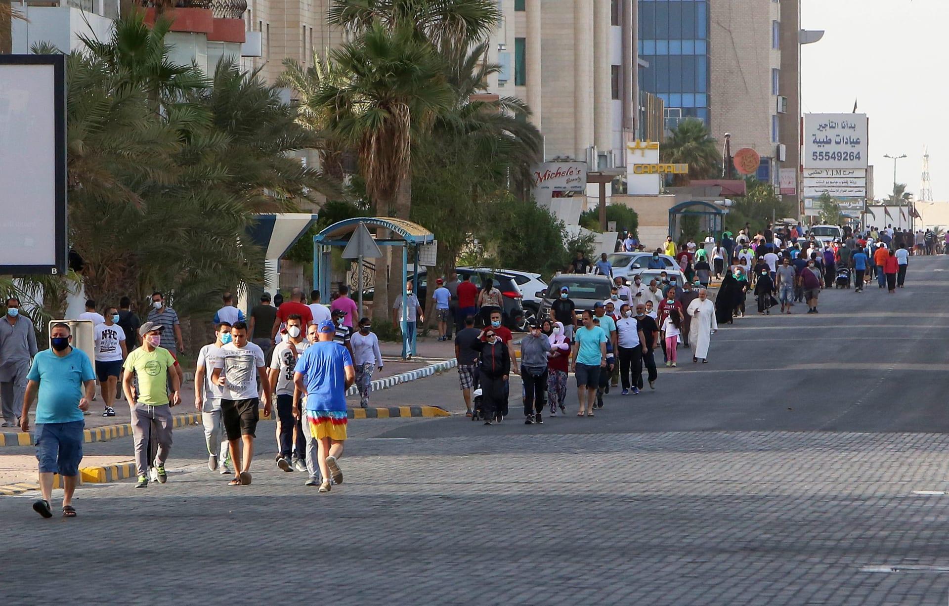 الكويت تطمح لخفض نسب العمالة الوافدة في البلاد بأكثر من النصف