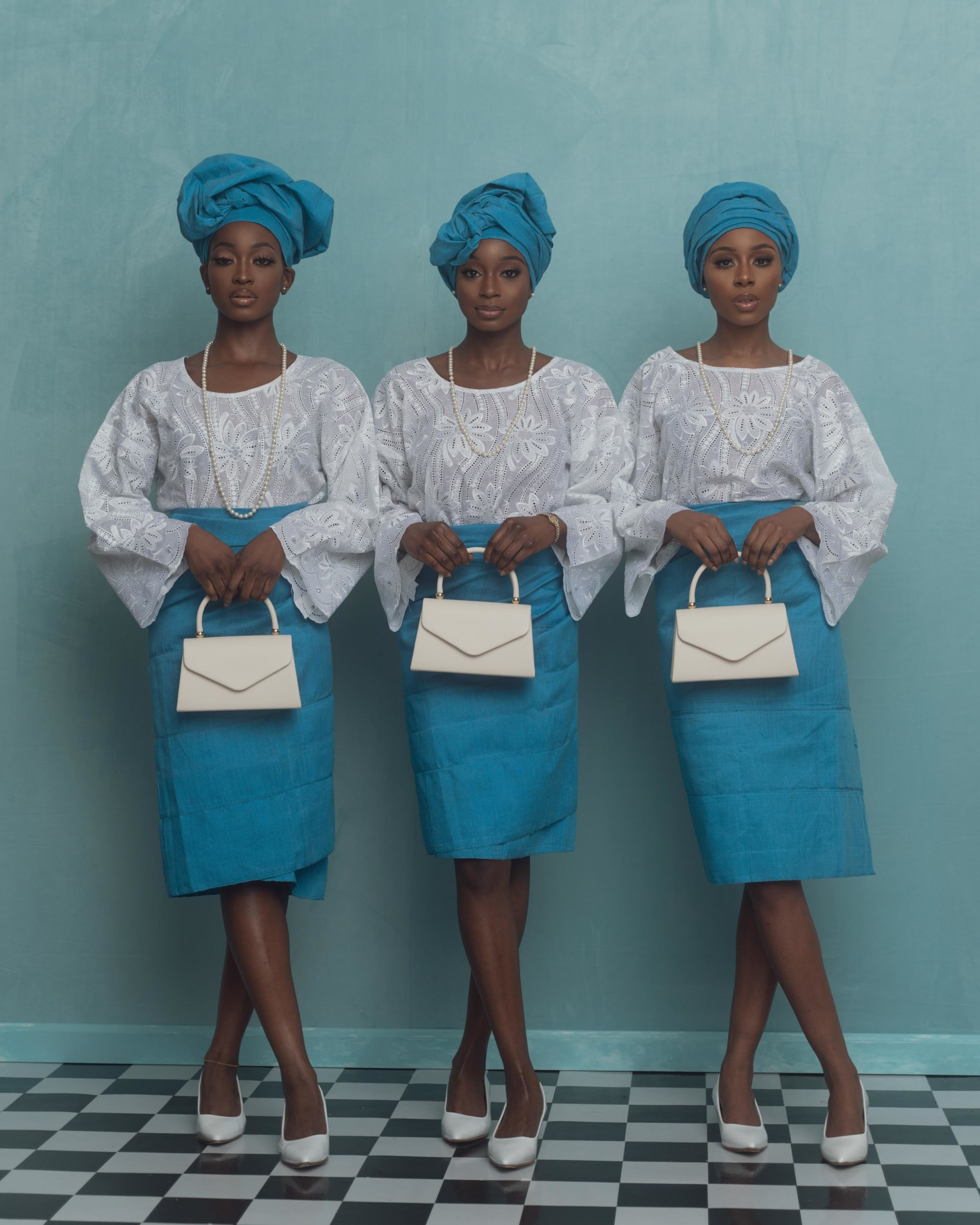 مصور نيجيري يستلهم مشروعه عن تراث نيجيريا من صور عائلته القديمة