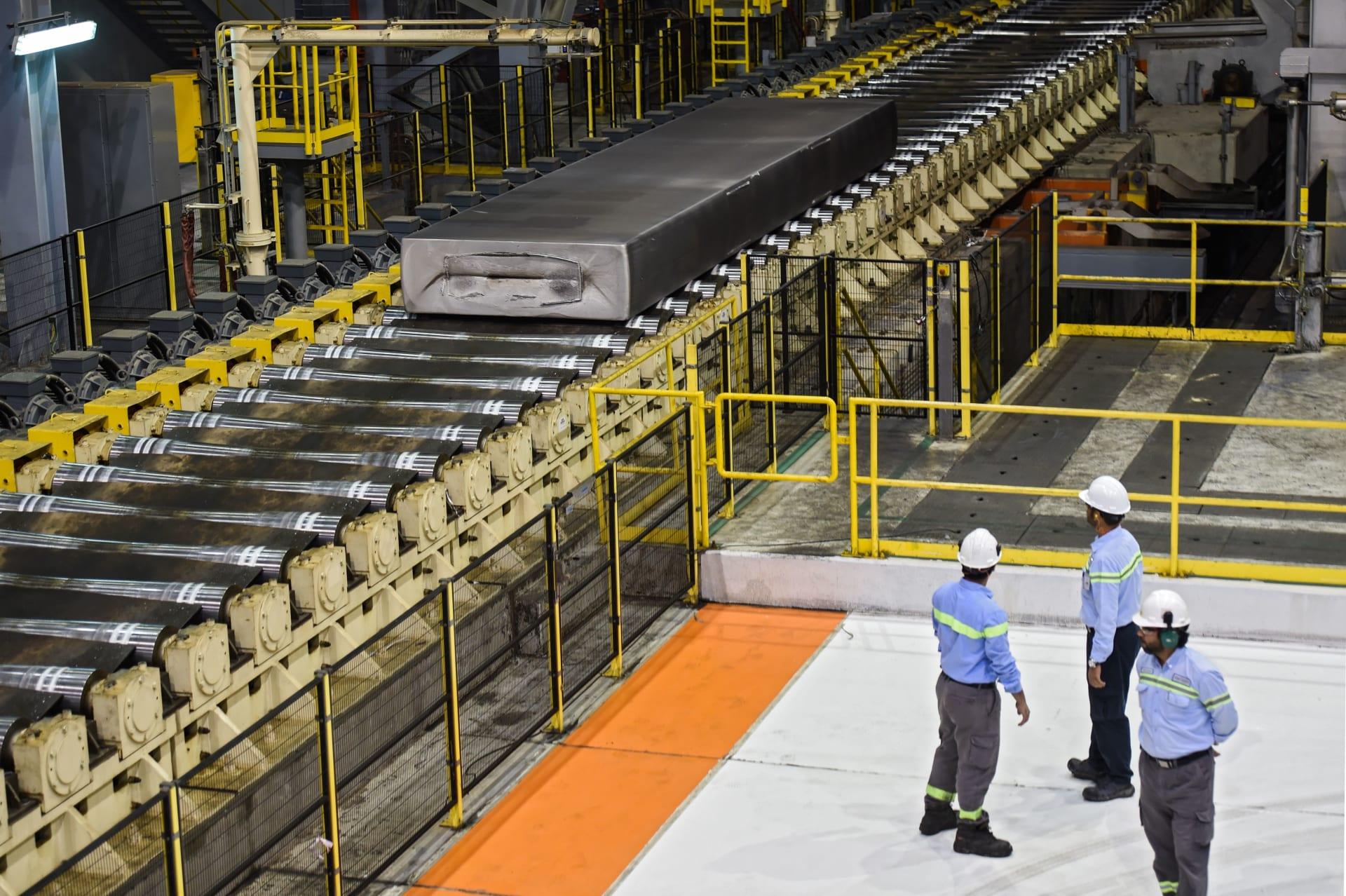 رأي.. حسين رجب يكتب لـCNN: هل يمكن أن يصبح الشرق الأوسط مركزاً للصناعة؟