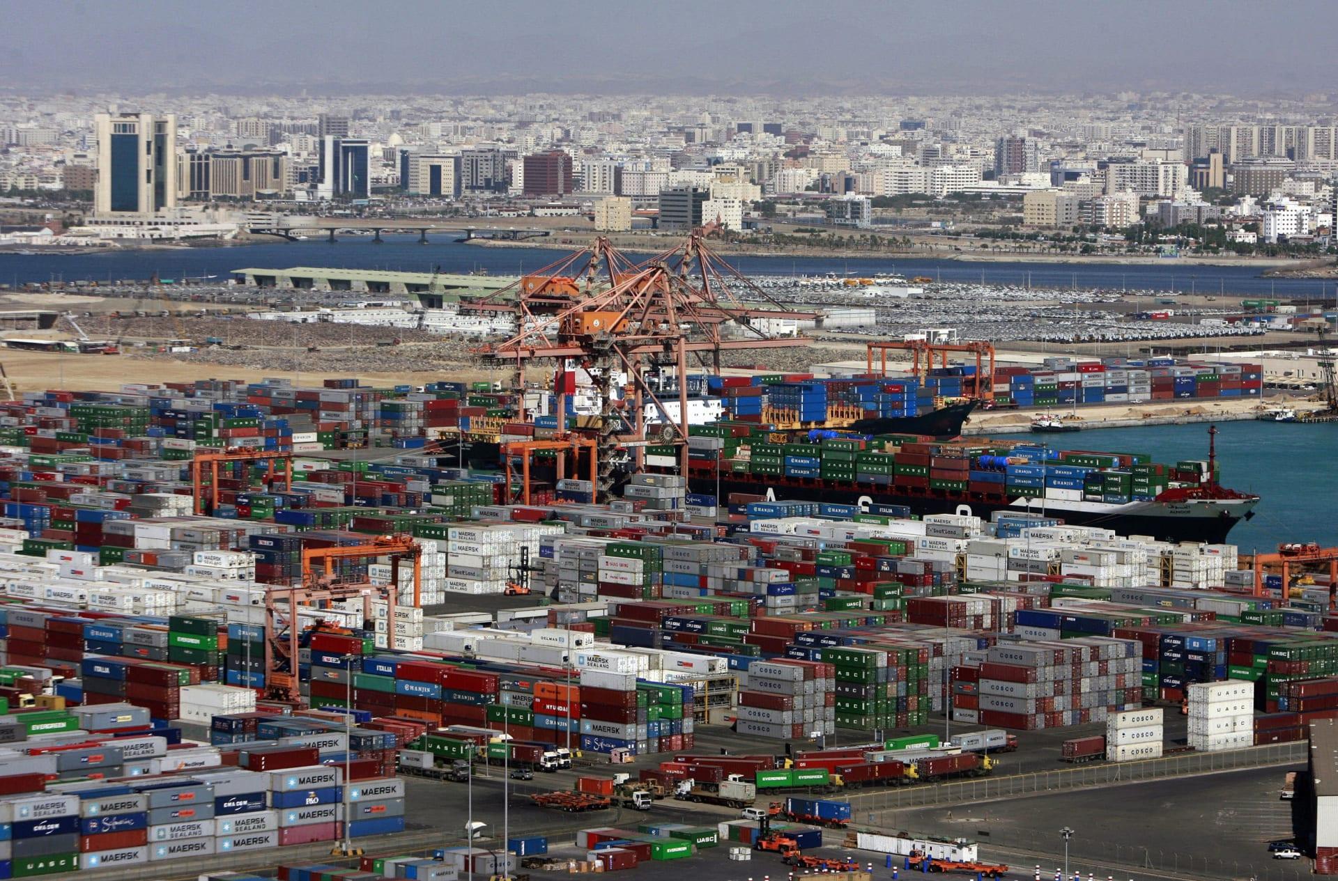الإمارات والسعودية تطلقان أول خط ملاحي مباشر يربط بين آسيا وأفريقيا