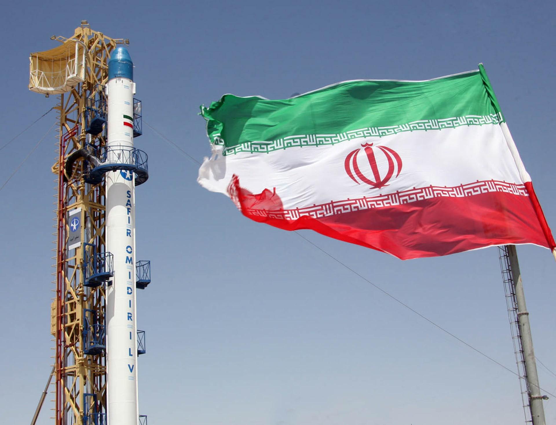الثاني في يوم.. حريق في مصنع شمال غرب إيران دون خسائر بشرية