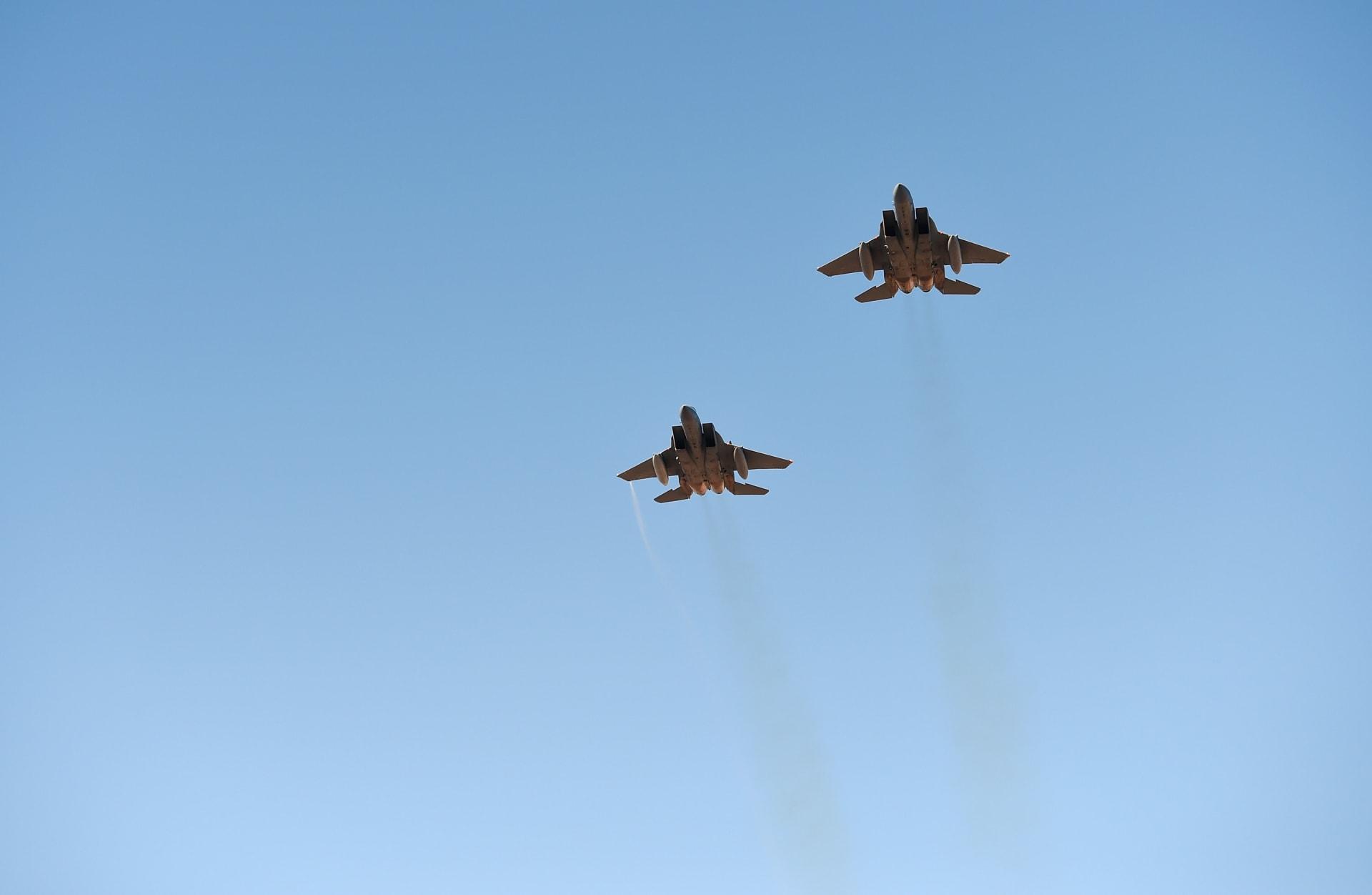 طائرتان أمريكيتان من طراز F-15