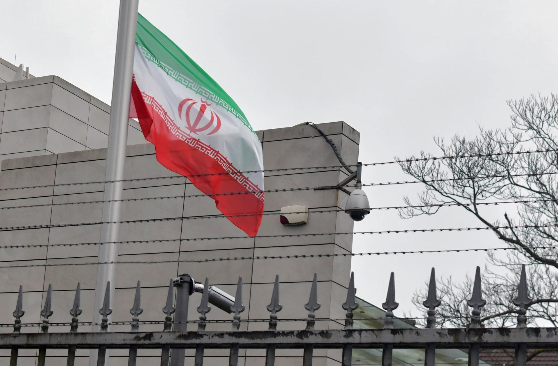 إيران.. حريق يتسبب بانفجار شاحنات تحمل الوقود في كرمانشاه والأسباب مجهولة