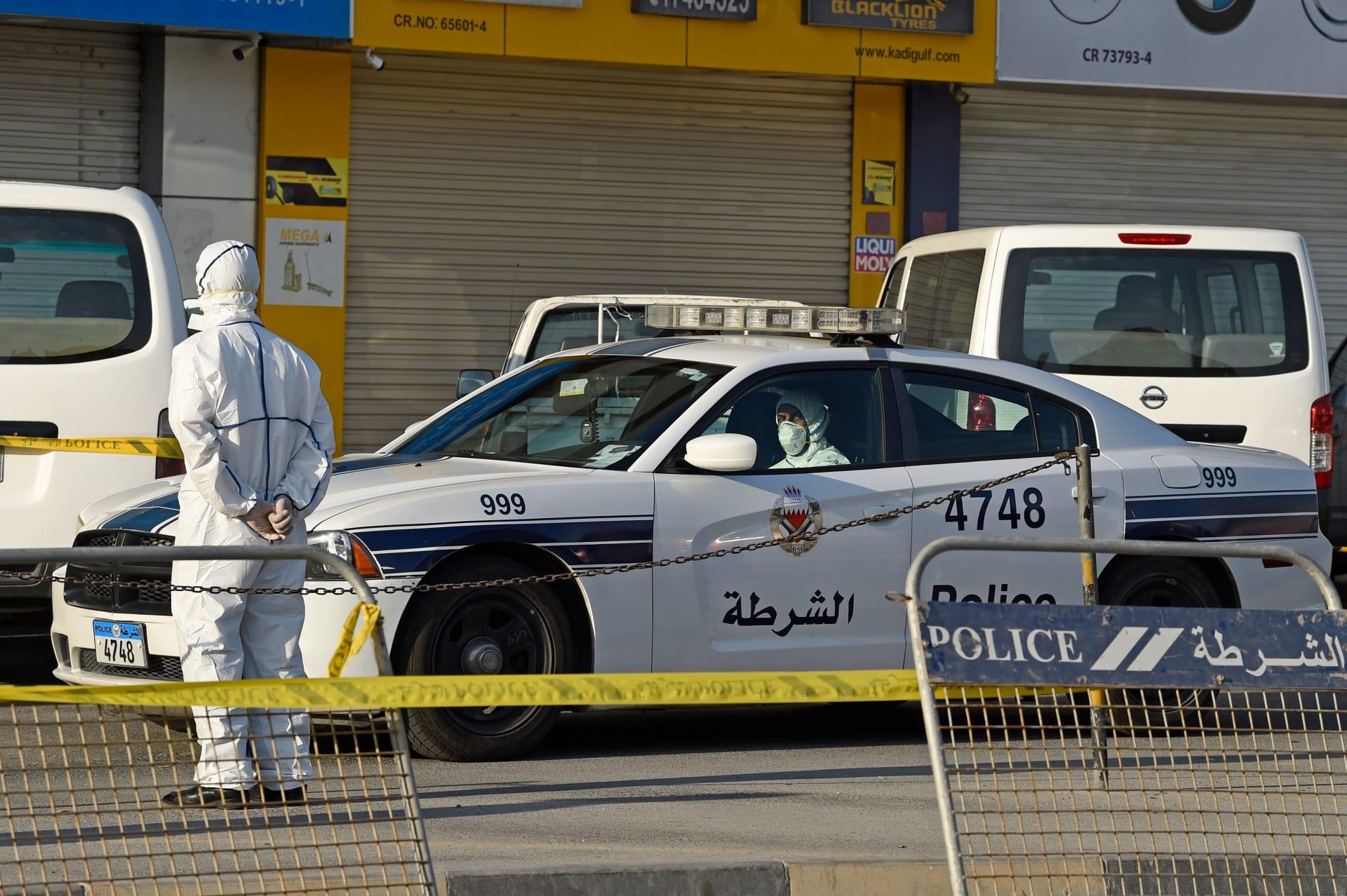 البحرين: السجن 3 سنوات لمصاب بفيروس كورونا حاول نقل العدوى للأطباء عمدا
