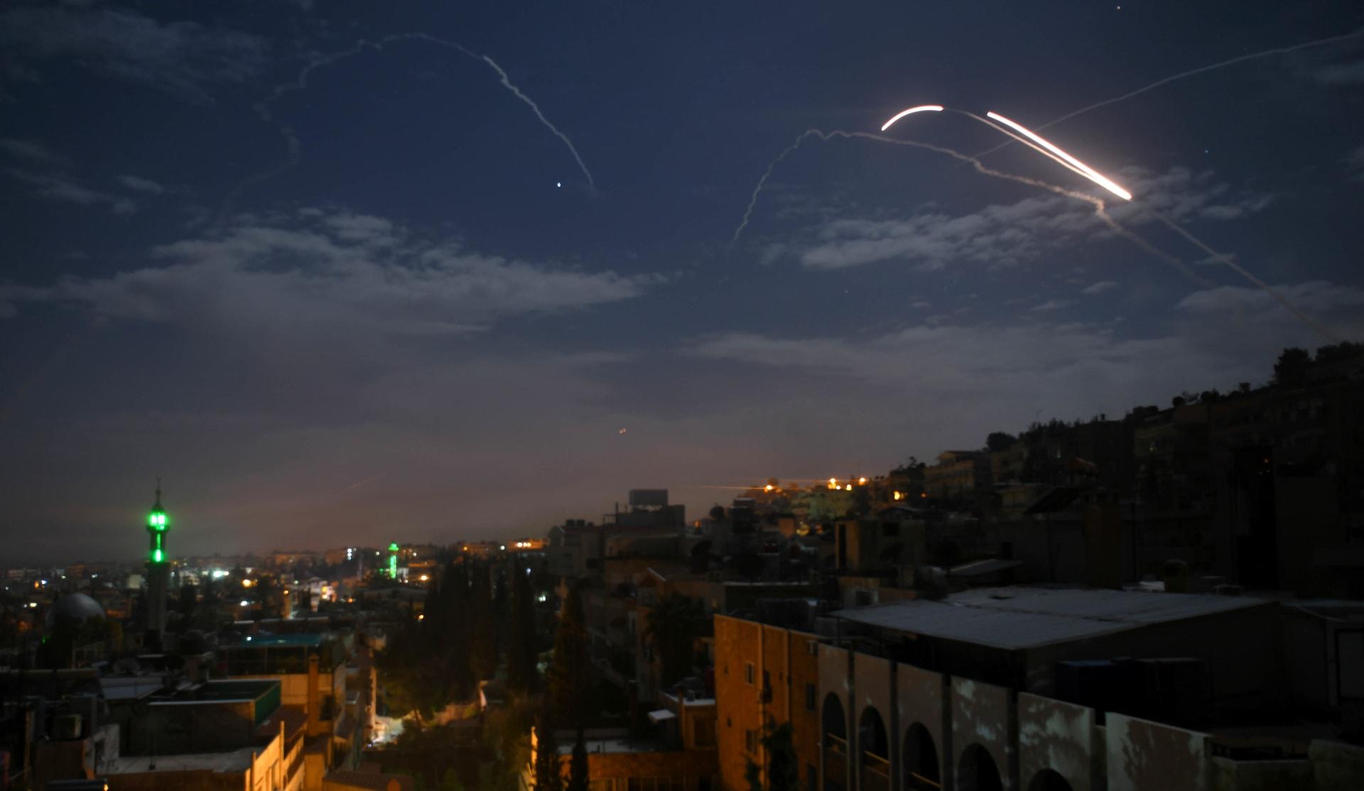 إسرائيل تعلن أهداف عسكرية سورية ضربتها غارات جوية جنوب البلاد