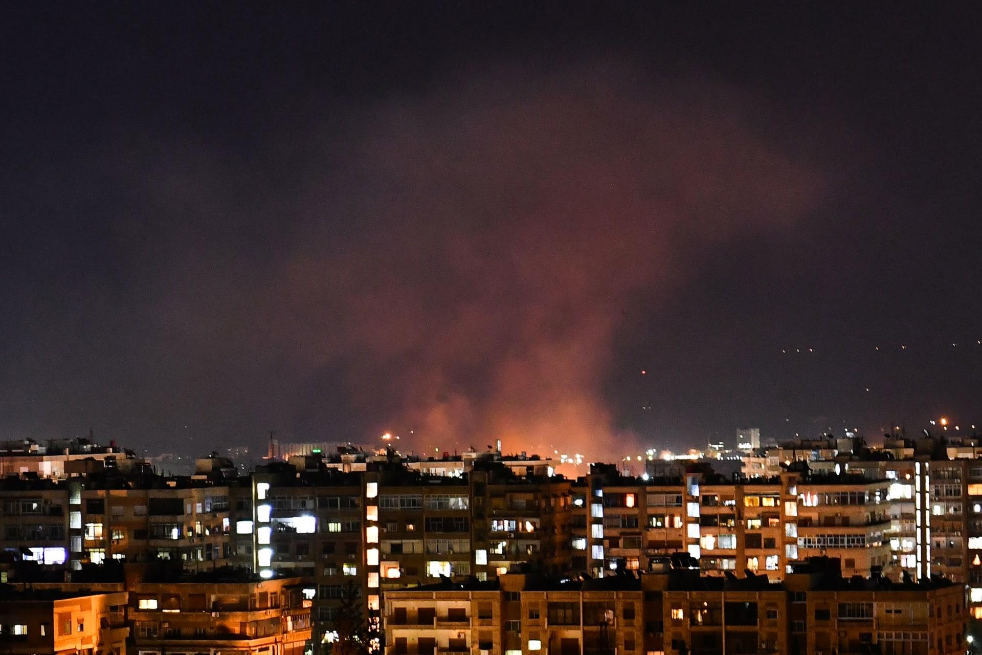 غارة جوية إسرائيلية تستهدف مواقع للنظام السوري جنوبي العاصمة دمشق