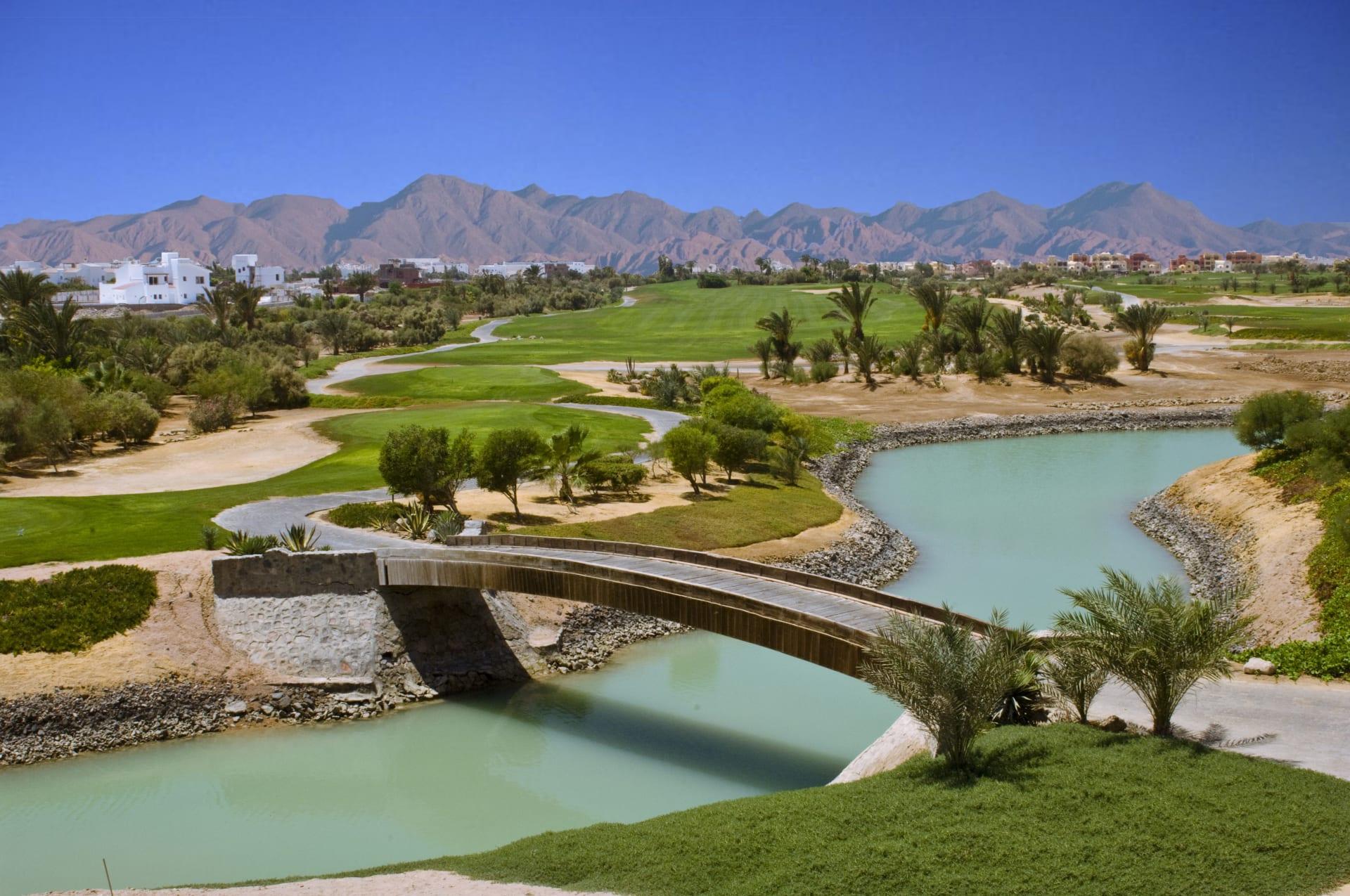 بإطلالة خلابة على البحر الأحمر..تحدي مثير ينتظر محبي الغولف في الجونة بمصر
