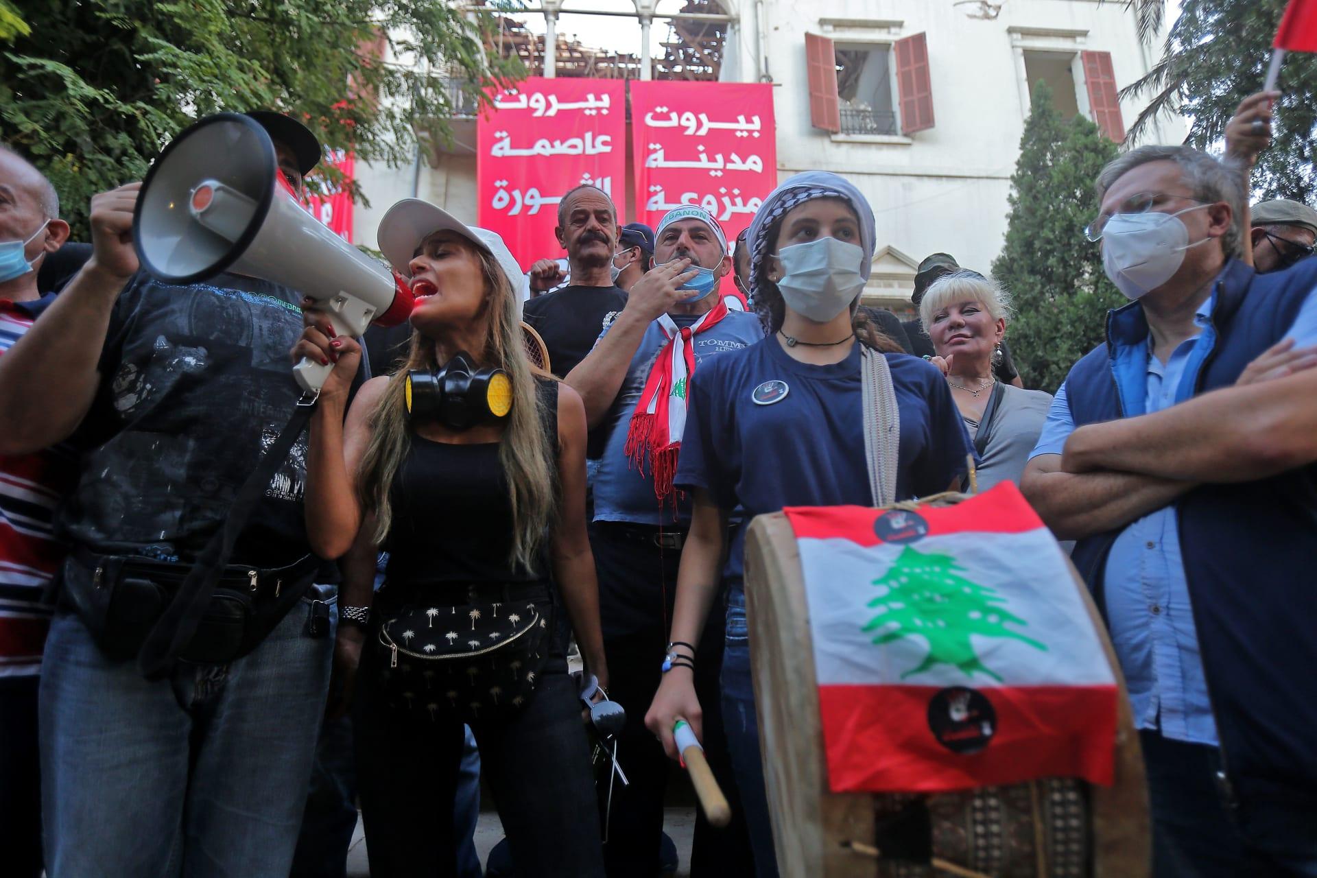 وزير الخارجية اللبناني لـCNN: المبنى كان خاليا عندما اقتحمه المحتجون