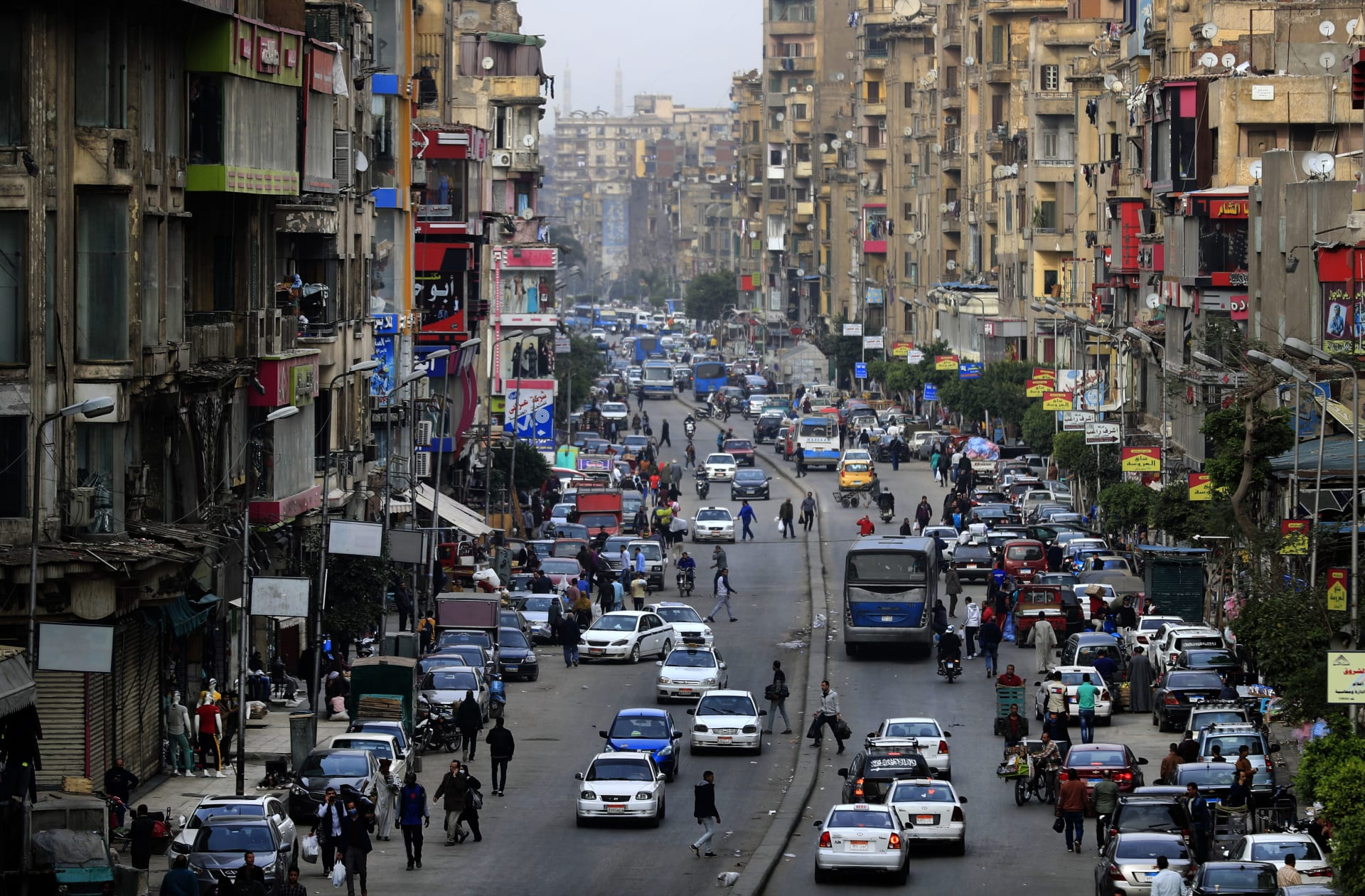 بعد عودة الإصابات للتزايد.. لجنة مكافحة كورونا توضح حقيقة دخول مصر الموجة الثانية
