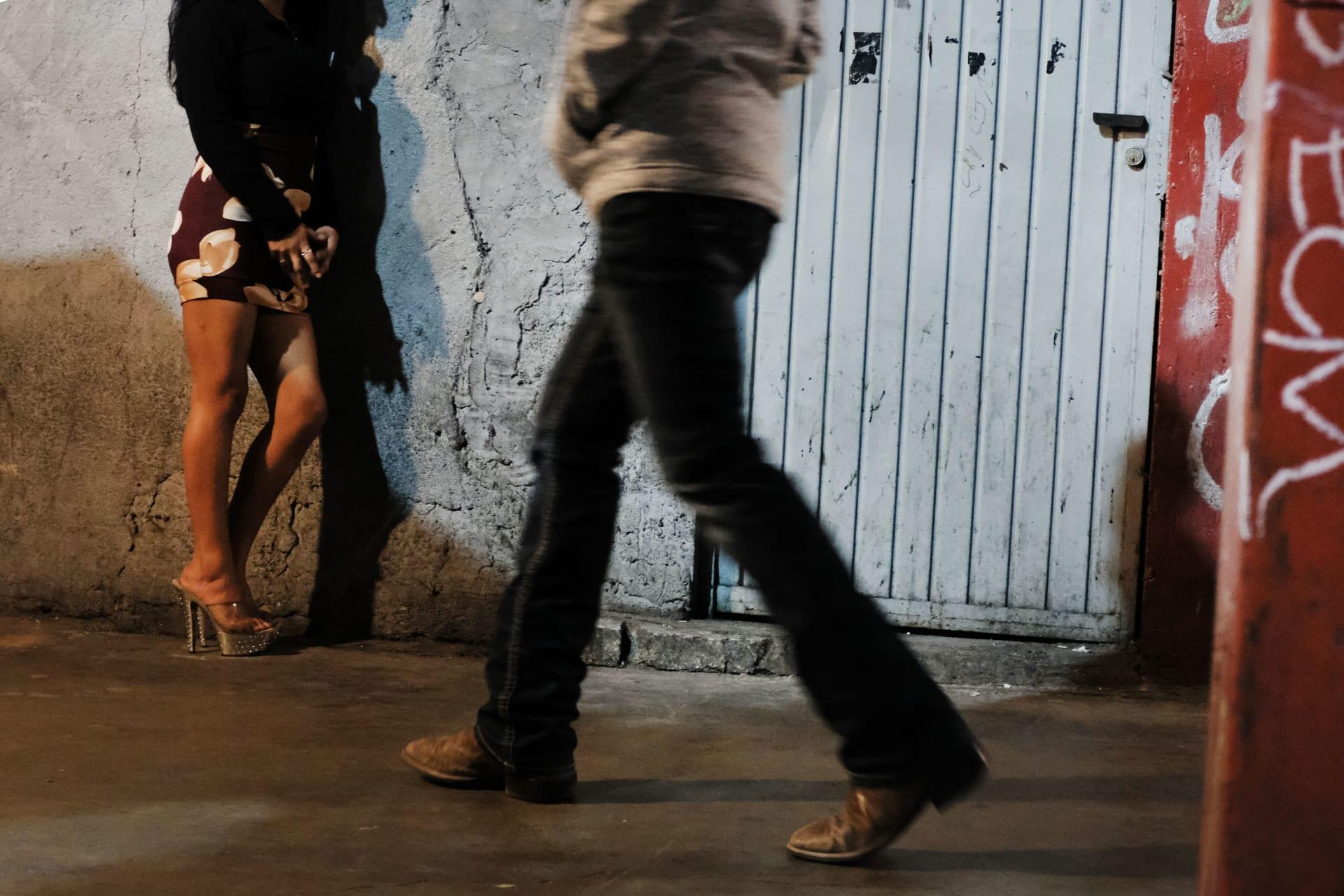منطقة زونا نورت في مدينة تيجوانا المكسيكية المعروفة بالعمل في مجال الجنس