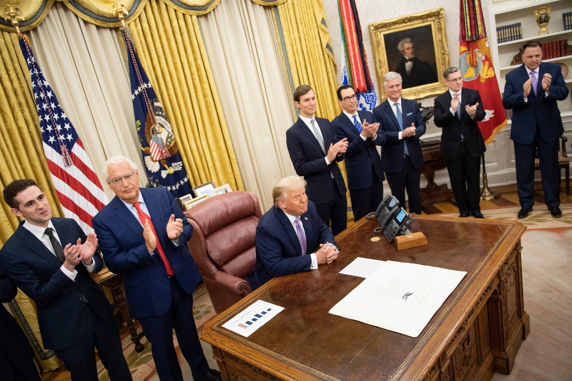 الرئيس الأمريكي دونالد ترامب خلال الإعلان عن اتفاق السلام بين إسرائيل والإمارات