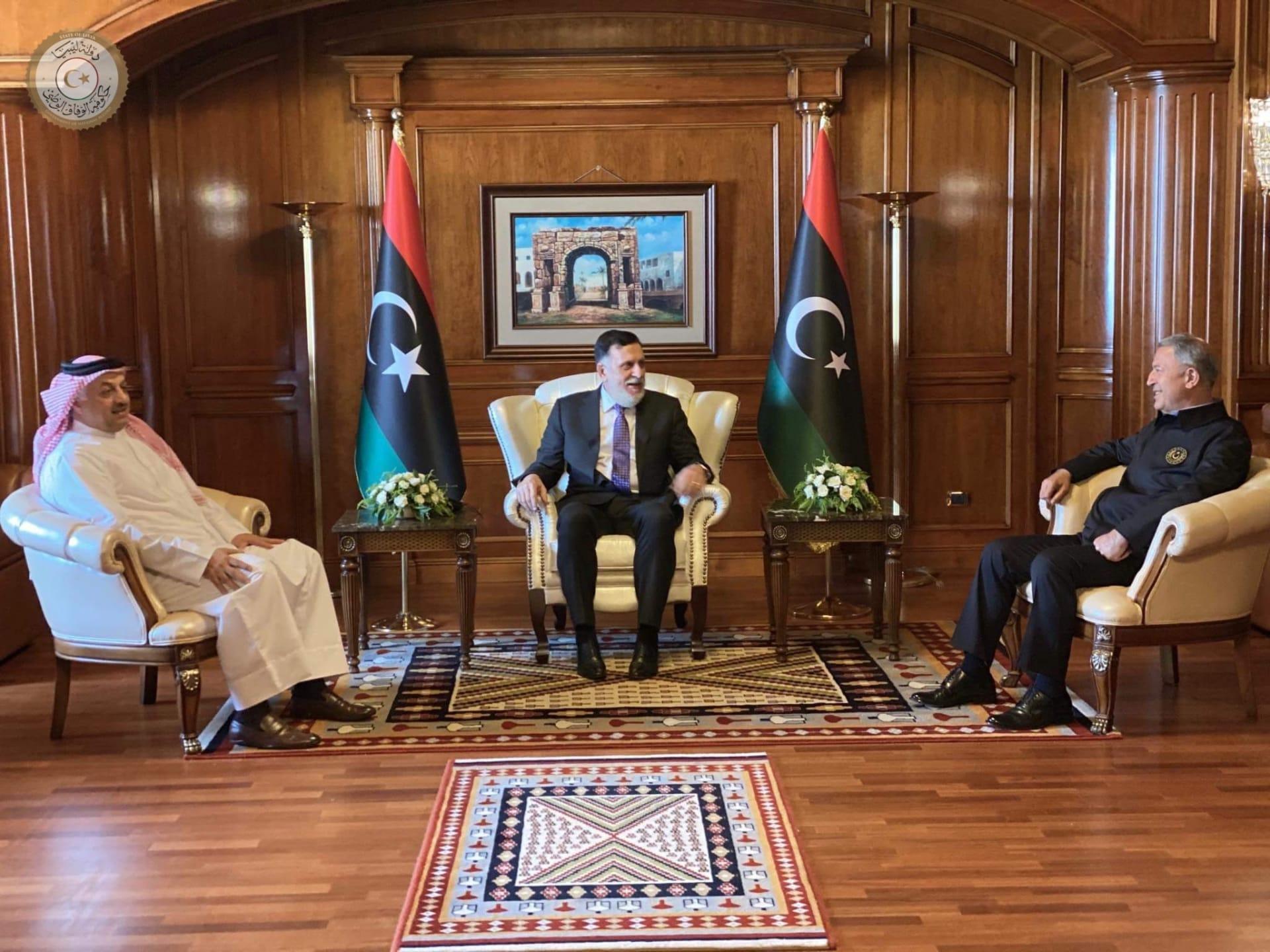 تعاون ثلاثي لتقديم دعم تركي وقطري لحكومة الوفاق الليبية في بناء الجيش