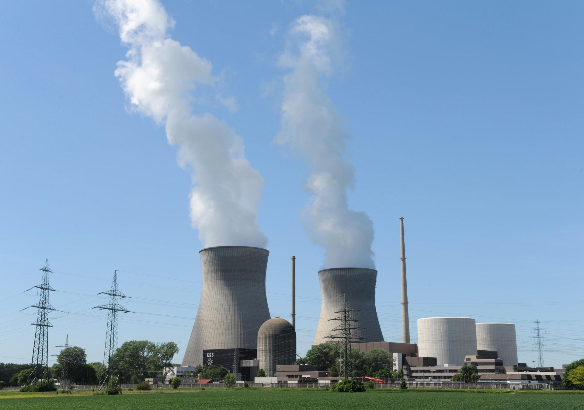 وسط تقلبات سوق النفط.. ما مدى استدامة وجدوى الطاقة النووية؟