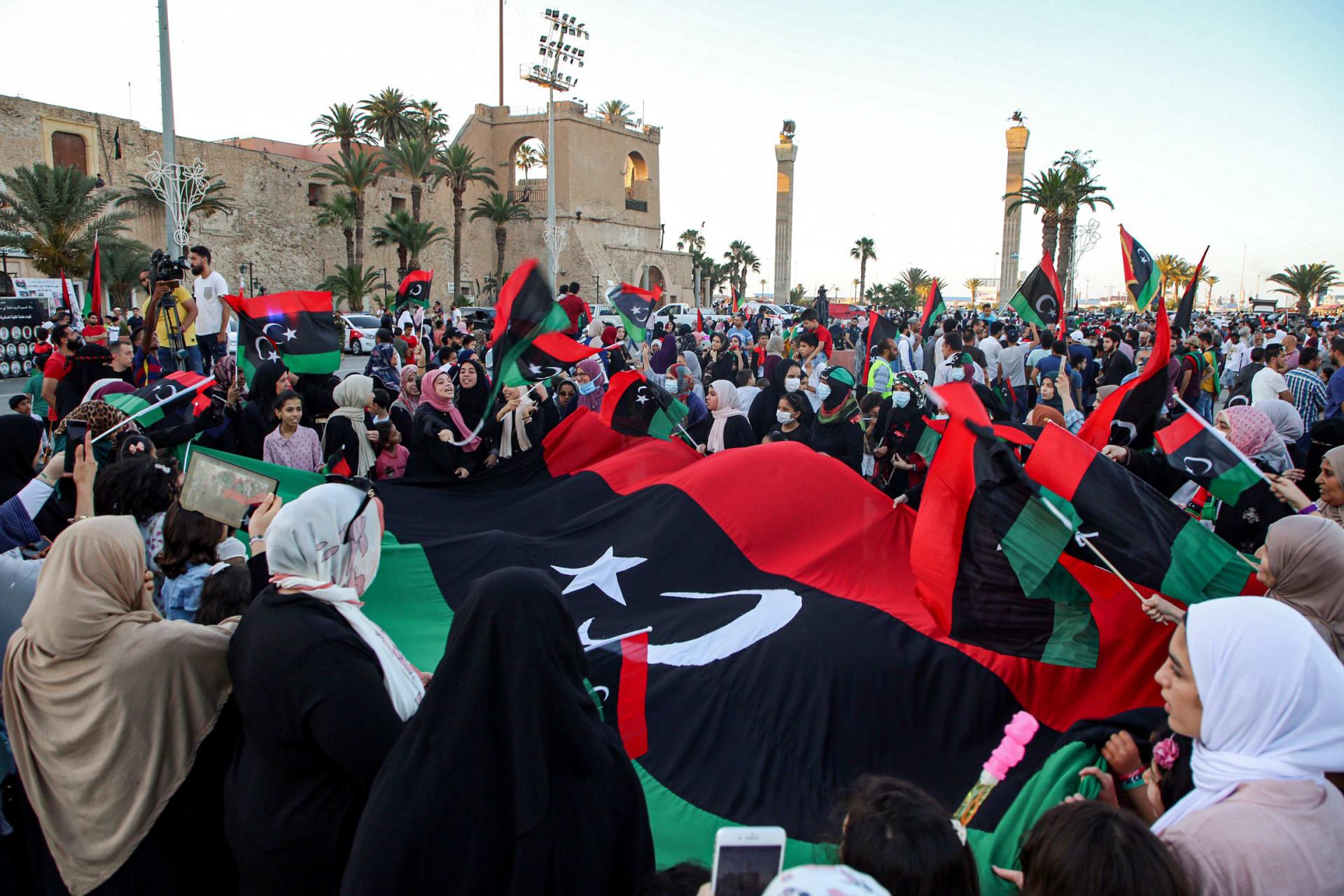 ترحيب عربي ودولي بإعلان وقف إطلاق النار في ليبيا