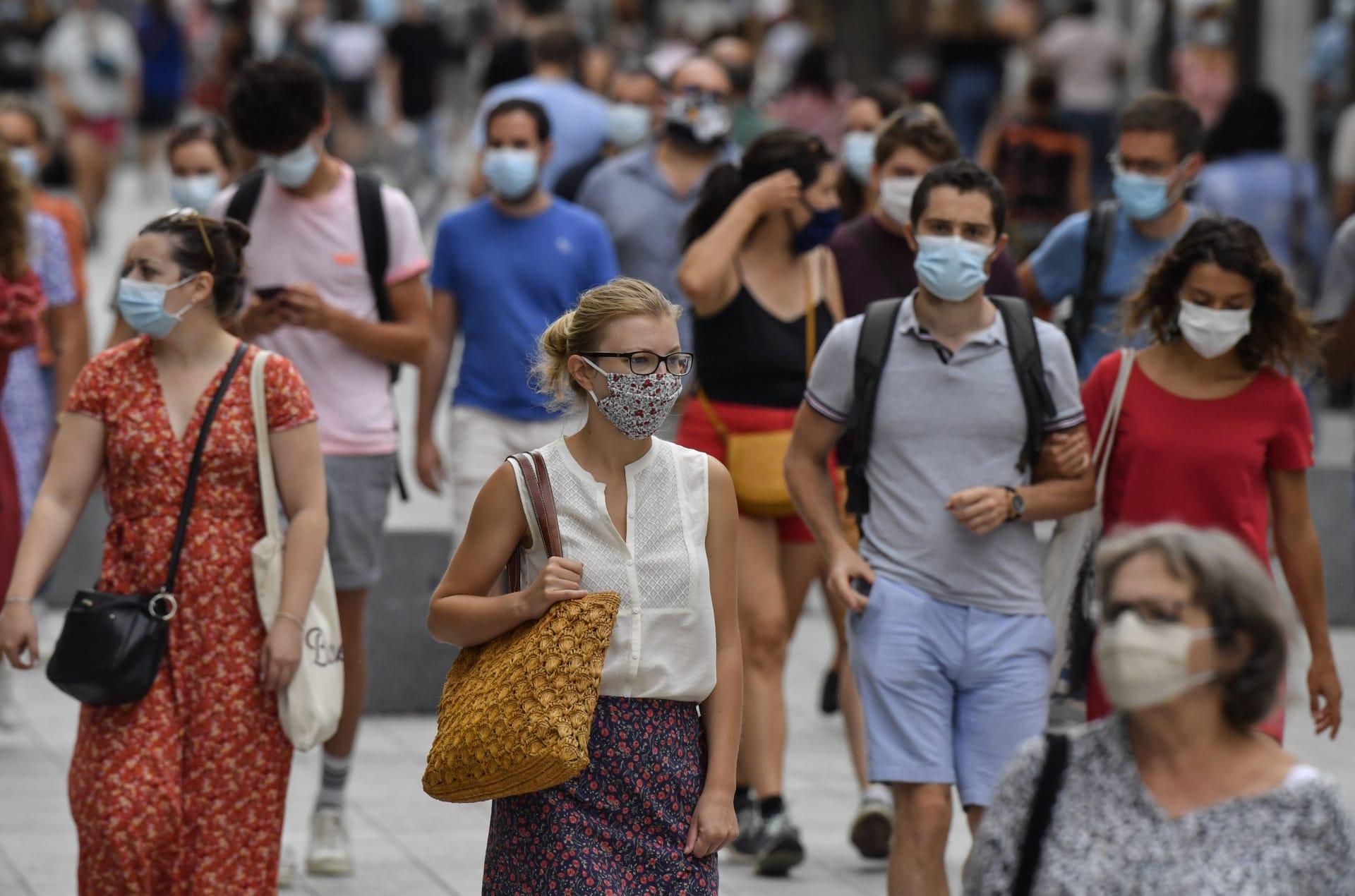 فرنسا وإيطاليا تسجلان أعلى زيادة يومية في معدل إصابات كورونا