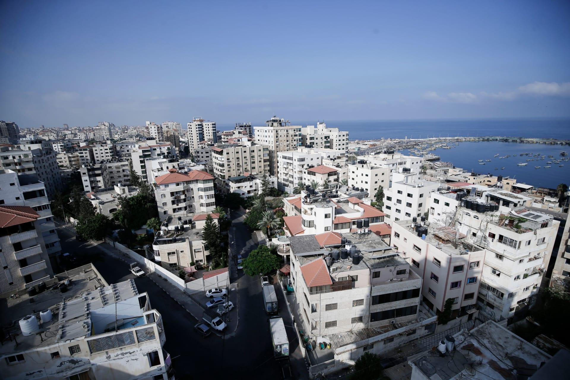 مدينة غزة بعد إعلان الإغلاق الكامل لمدة 48 ساعة بعد اكتشاف إصابات بفيروس كورونا