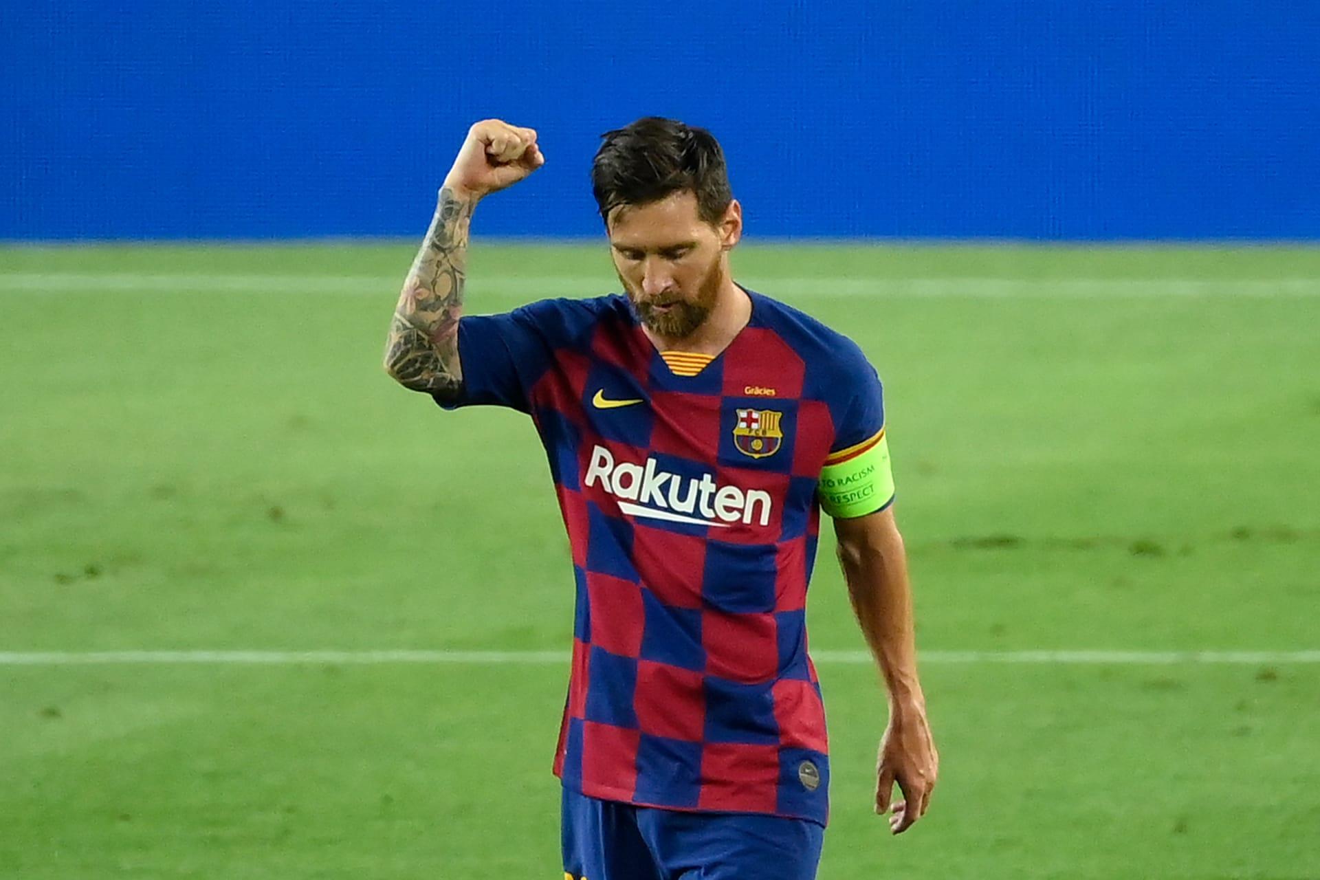 تظاهر جماهير برشلونة لرفض رحيل ميسي وسط هتافات مناهضة لبارتوميو