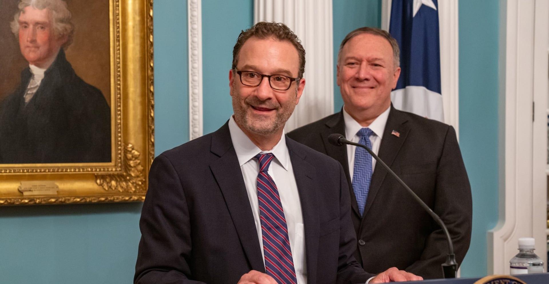 ديفيد شينكر مساعد وزير الخارجية الأمريكي لشؤون الشرق الأدنى